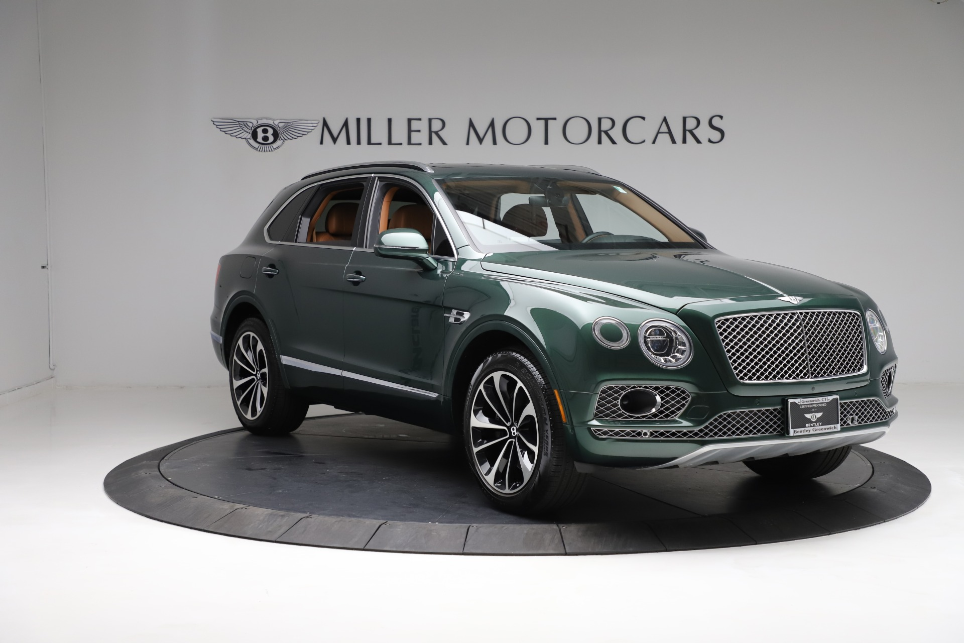 New 2017 Bentley Bentayga  For Sale In Greenwich, CT. Alfa Romeo of Greenwich, B1222 796_p11