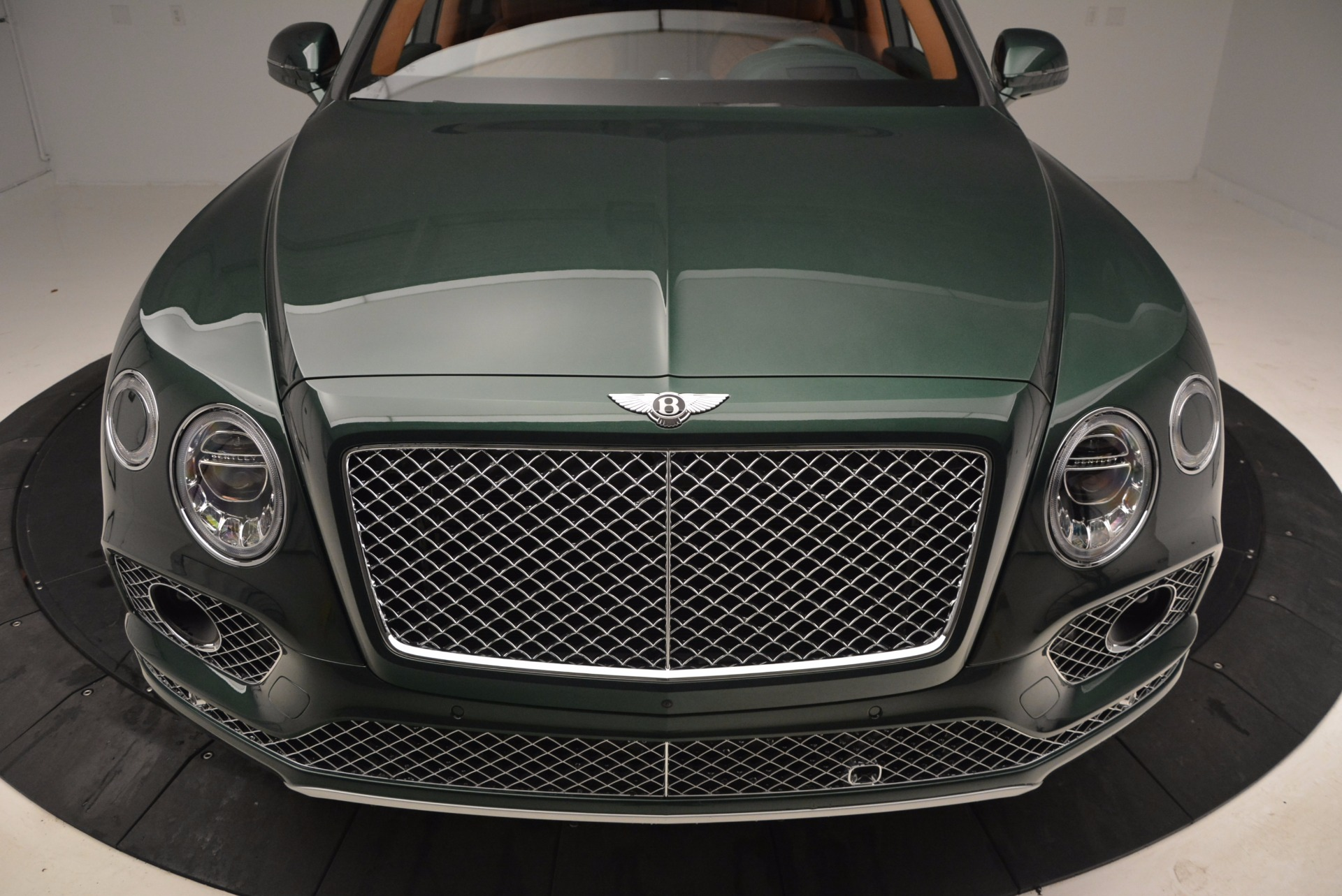 New 2017 Bentley Bentayga  For Sale In Greenwich, CT. Alfa Romeo of Greenwich, B1222 796_p13
