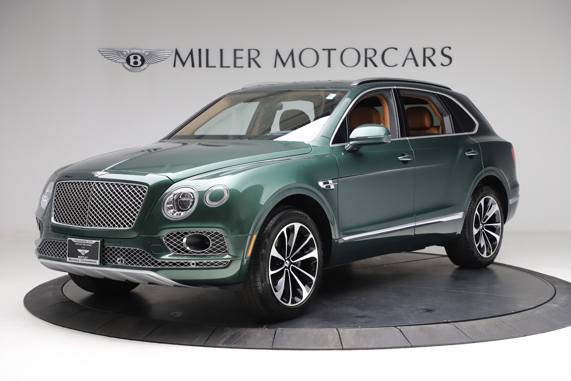 New 2017 Bentley Bentayga  For Sale In Greenwich, CT. Alfa Romeo of Greenwich, B1222 796_p2