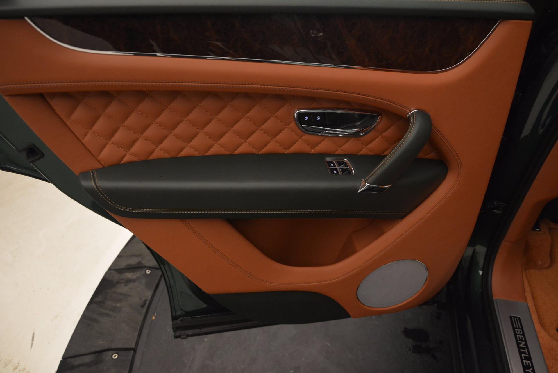 New 2017 Bentley Bentayga  For Sale In Greenwich, CT. Alfa Romeo of Greenwich, B1222 796_p32