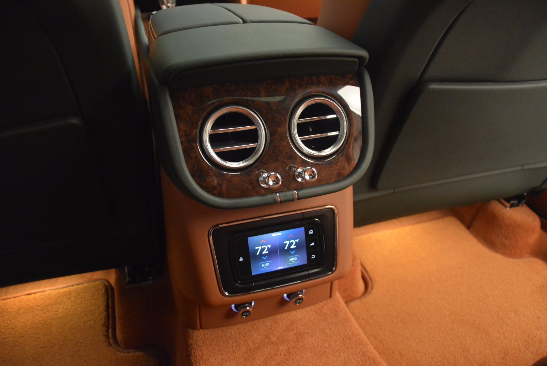 New 2017 Bentley Bentayga  For Sale In Greenwich, CT. Alfa Romeo of Greenwich, B1222 796_p38