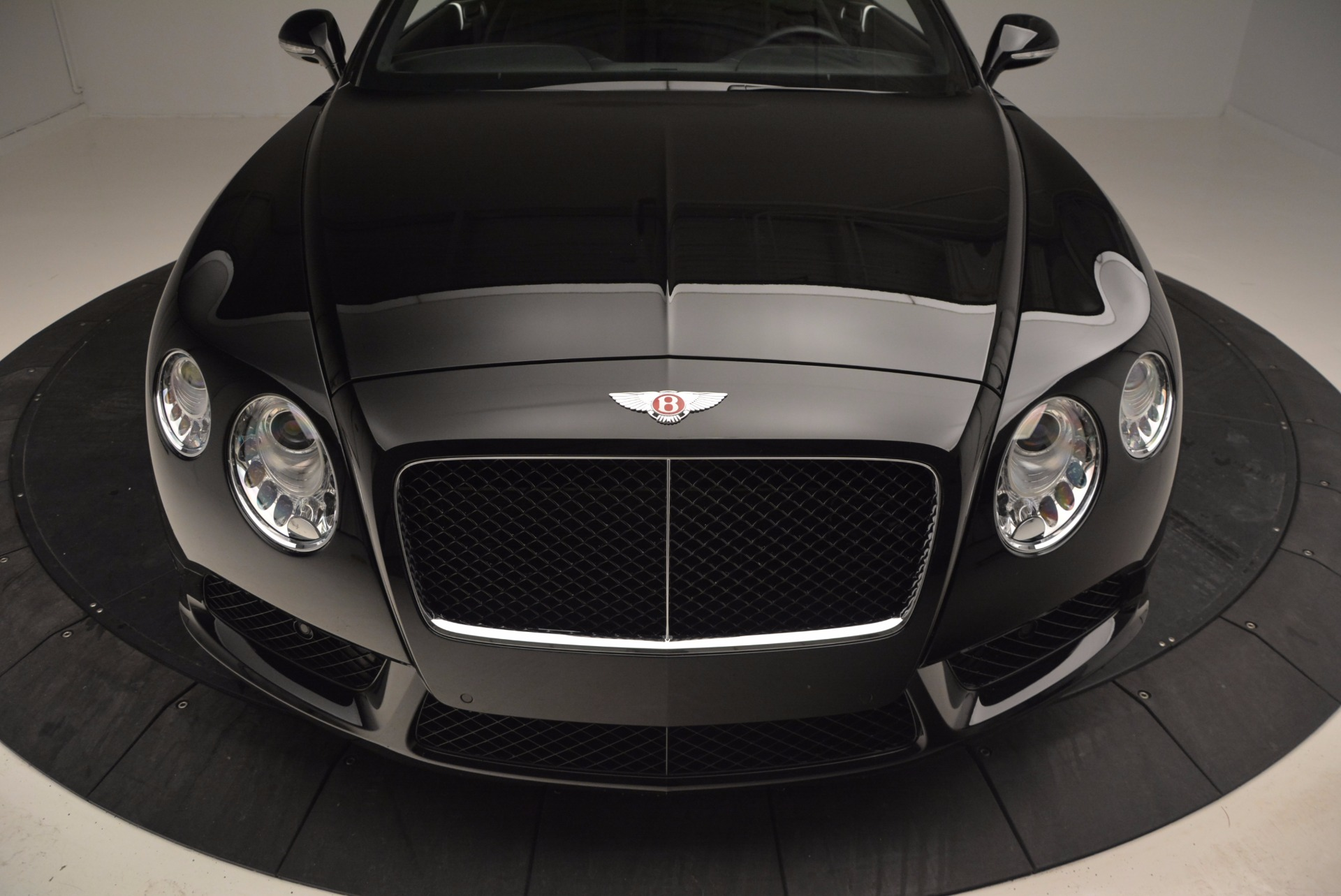 Used 2013 Bentley Continental GT V8 For Sale In Greenwich, CT. Alfa Romeo of Greenwich, 7129 797_p13