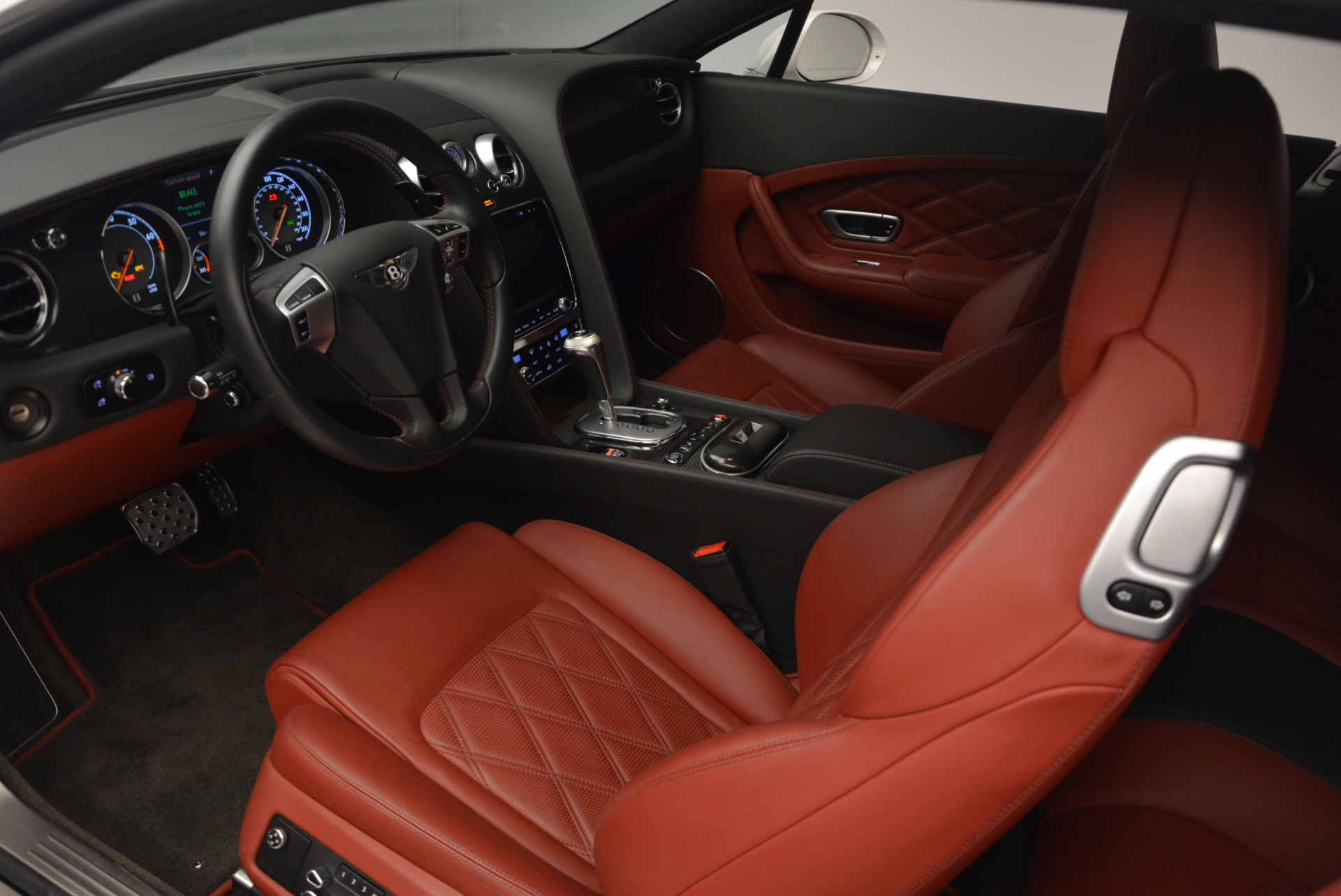 Used 2013 Bentley Continental GT V8 For Sale In Greenwich, CT. Alfa Romeo of Greenwich, B1201A 802_p27