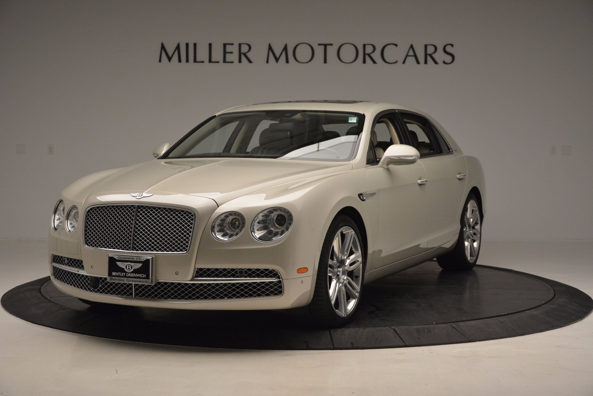 Used 2016 Bentley Flying Spur W12  For Sale In Greenwich, CT. Alfa Romeo of Greenwich, B1165A