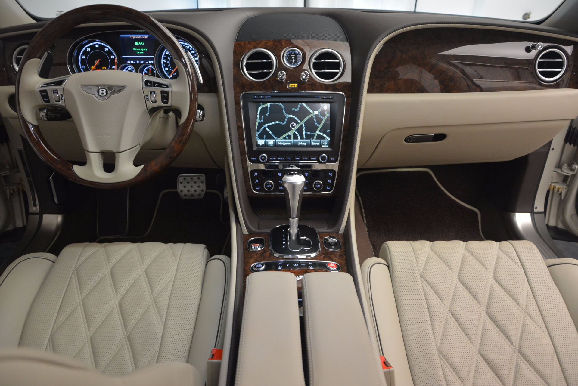 Used 2016 Bentley Flying Spur W12  For Sale In Greenwich, CT. Alfa Romeo of Greenwich, B1165A 804_p55