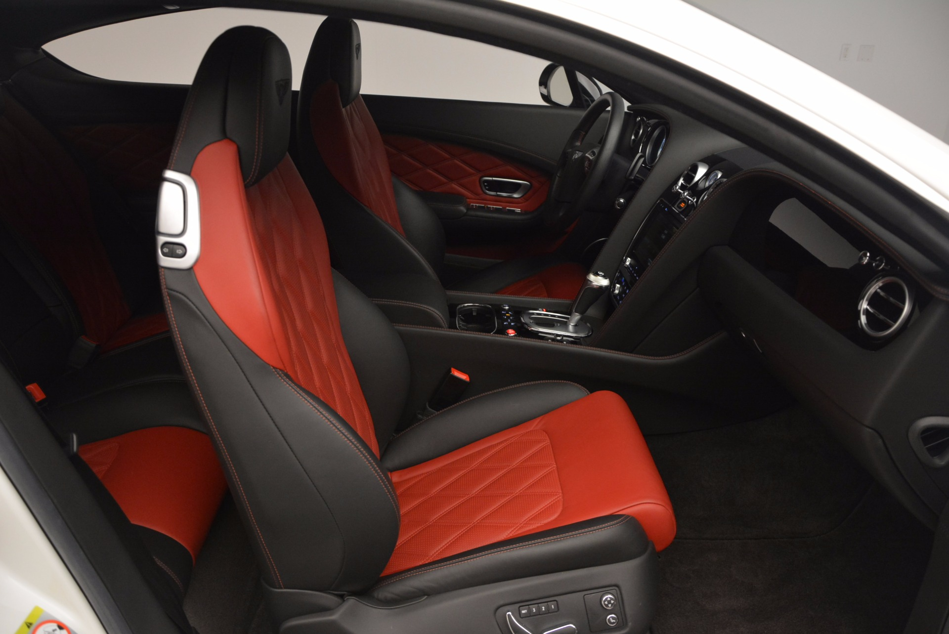 Used 2014 Bentley Continental GT V8 S For Sale In Greenwich, CT. Alfa Romeo of Greenwich, 7135 806_p36