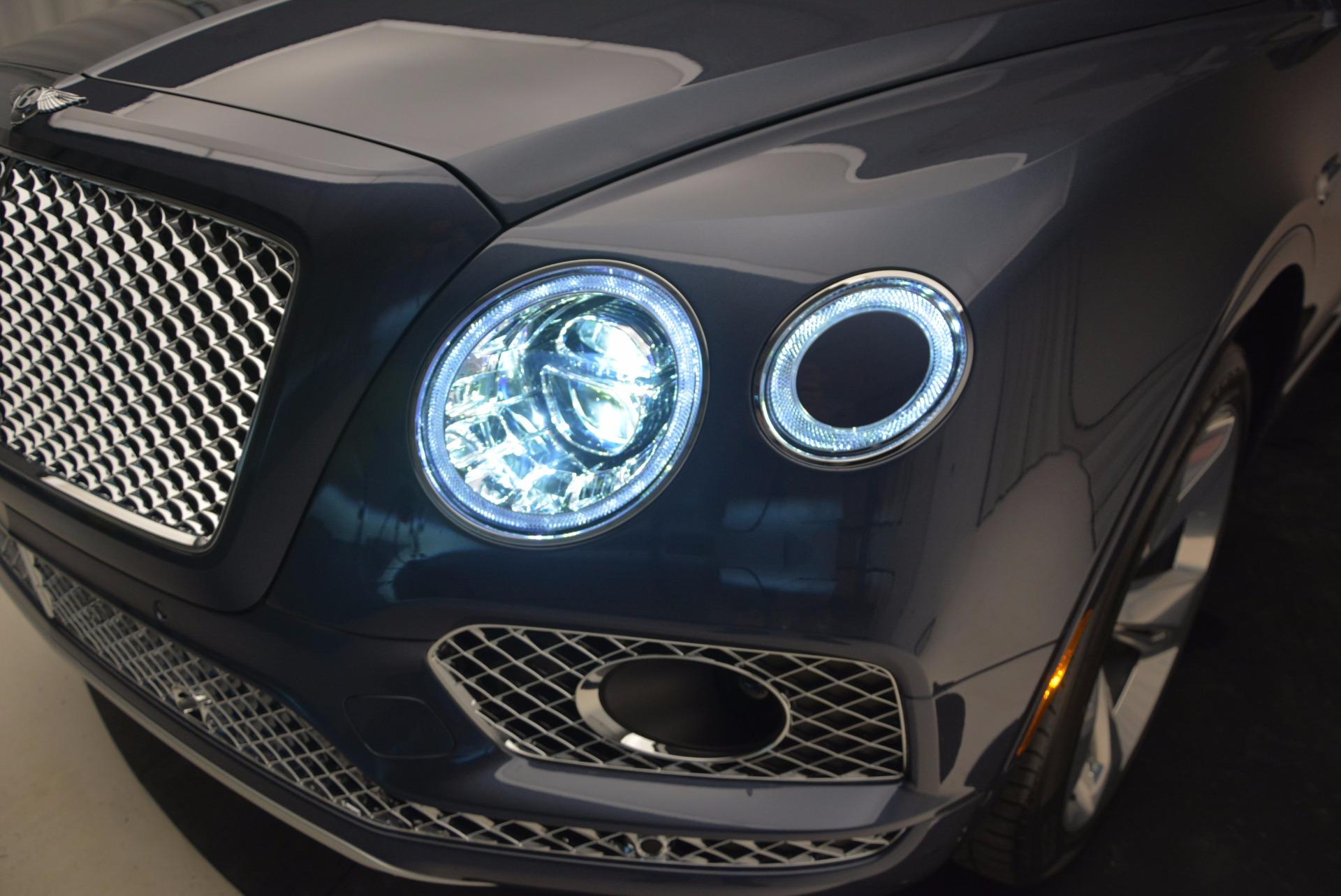 New 2017 Bentley Bentayga  For Sale In Greenwich, CT. Alfa Romeo of Greenwich, B1214 810_p17