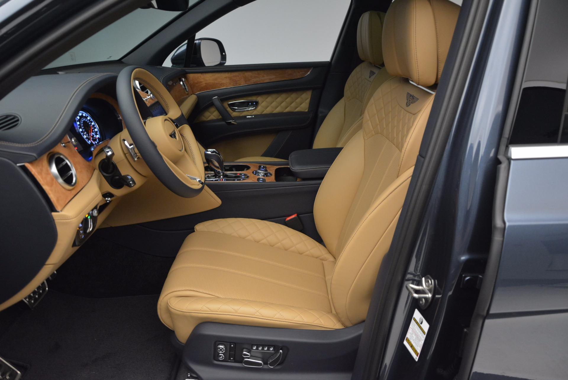 New 2017 Bentley Bentayga  For Sale In Greenwich, CT. Alfa Romeo of Greenwich, B1214 810_p25