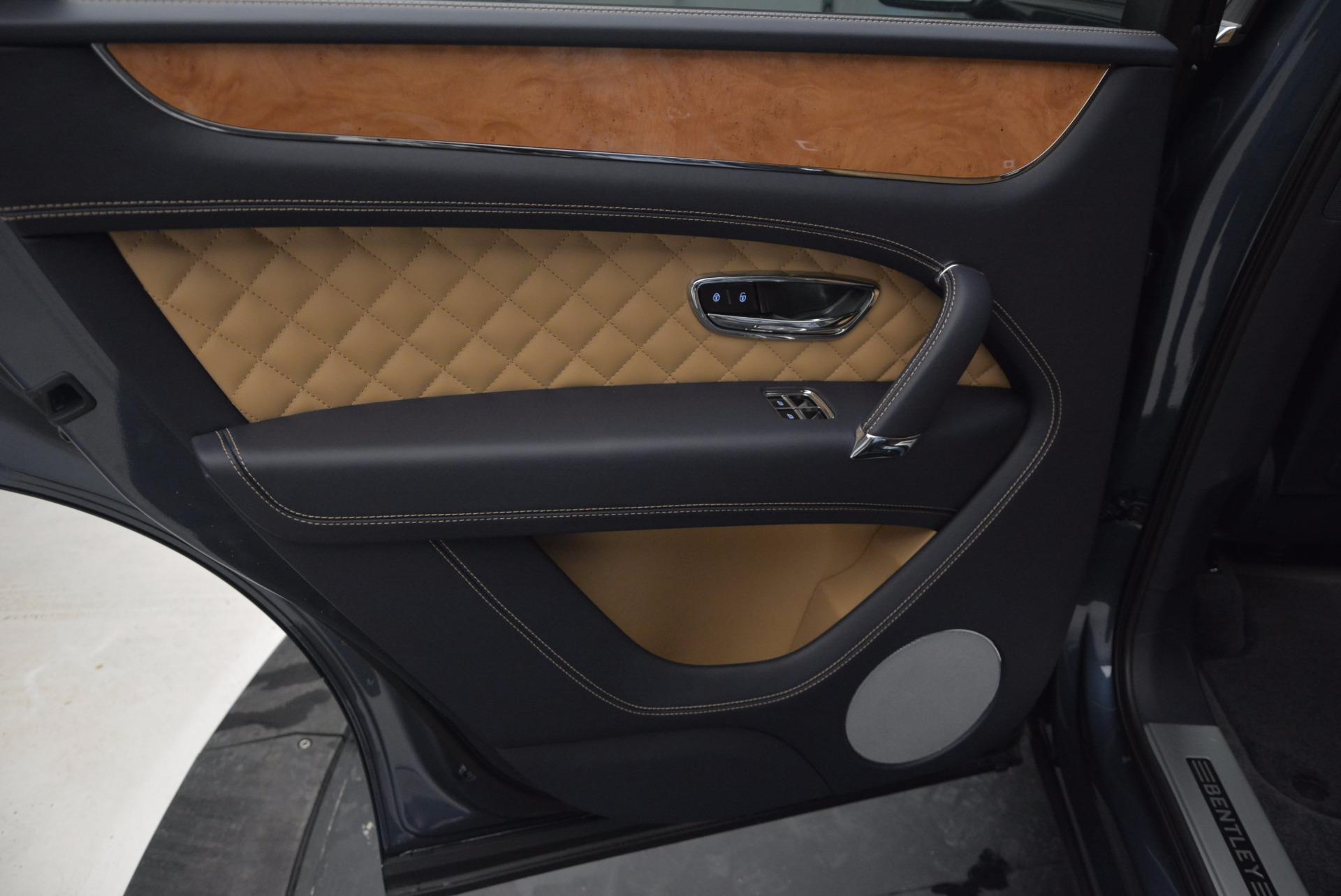 New 2017 Bentley Bentayga  For Sale In Greenwich, CT. Alfa Romeo of Greenwich, B1214 810_p29
