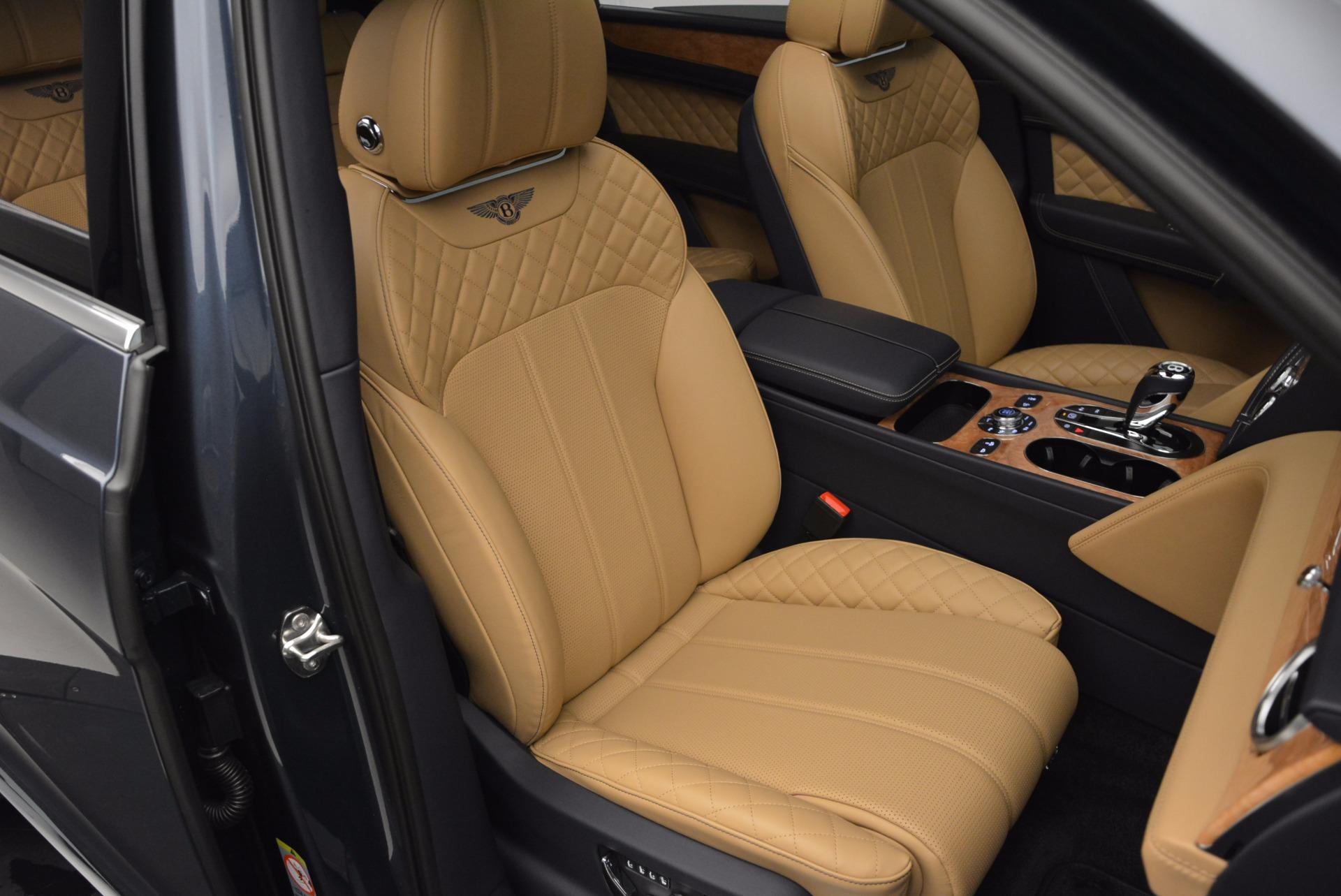 New 2017 Bentley Bentayga  For Sale In Greenwich, CT. Alfa Romeo of Greenwich, B1214 810_p39