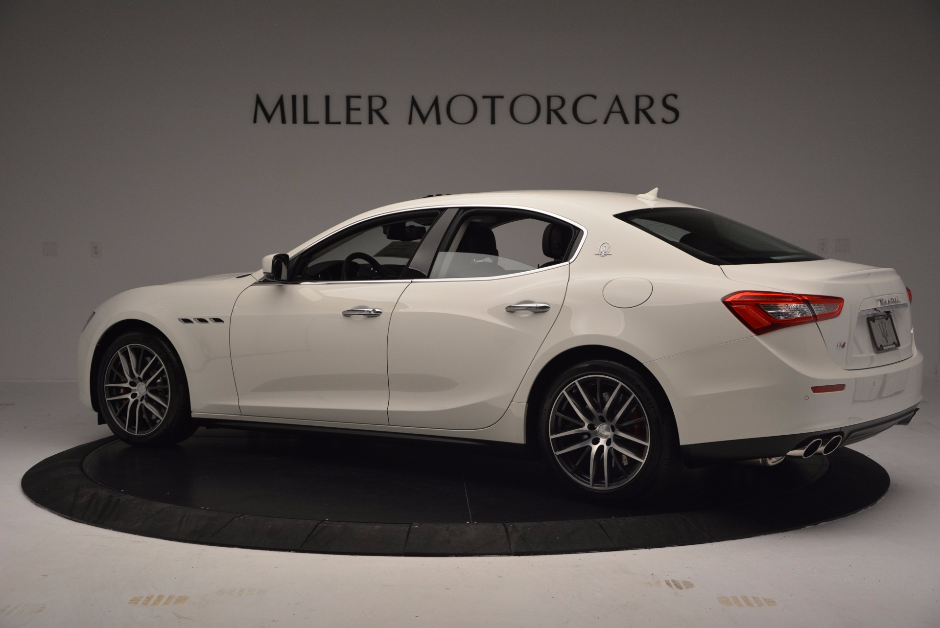 Used 2017 Maserati Ghibli S Q4 For Sale In Greenwich, CT. Alfa Romeo of Greenwich, M2184 813_p5