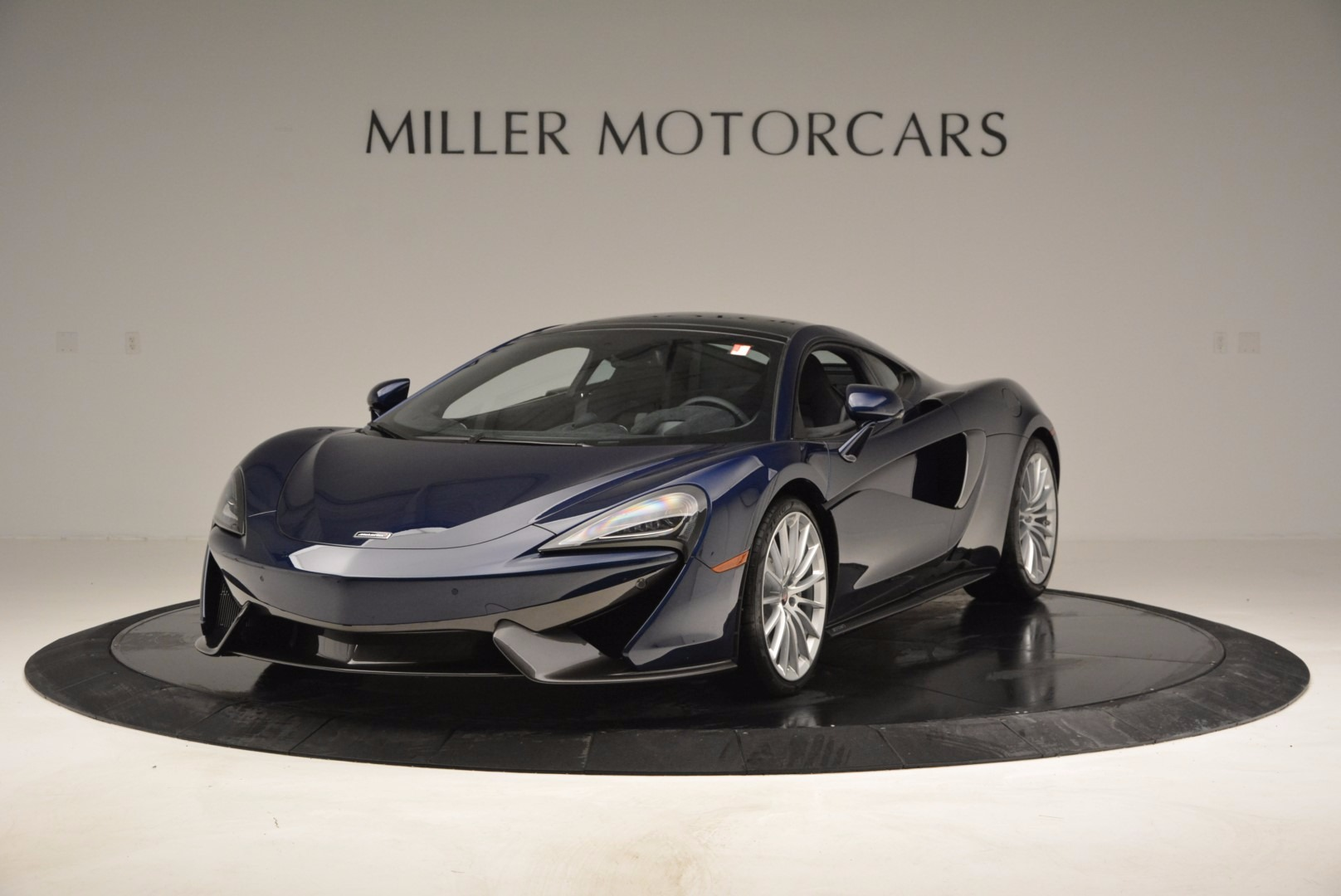 New 2017 McLaren 570GT  For Sale In Greenwich, CT. Alfa Romeo of Greenwich, MC279
