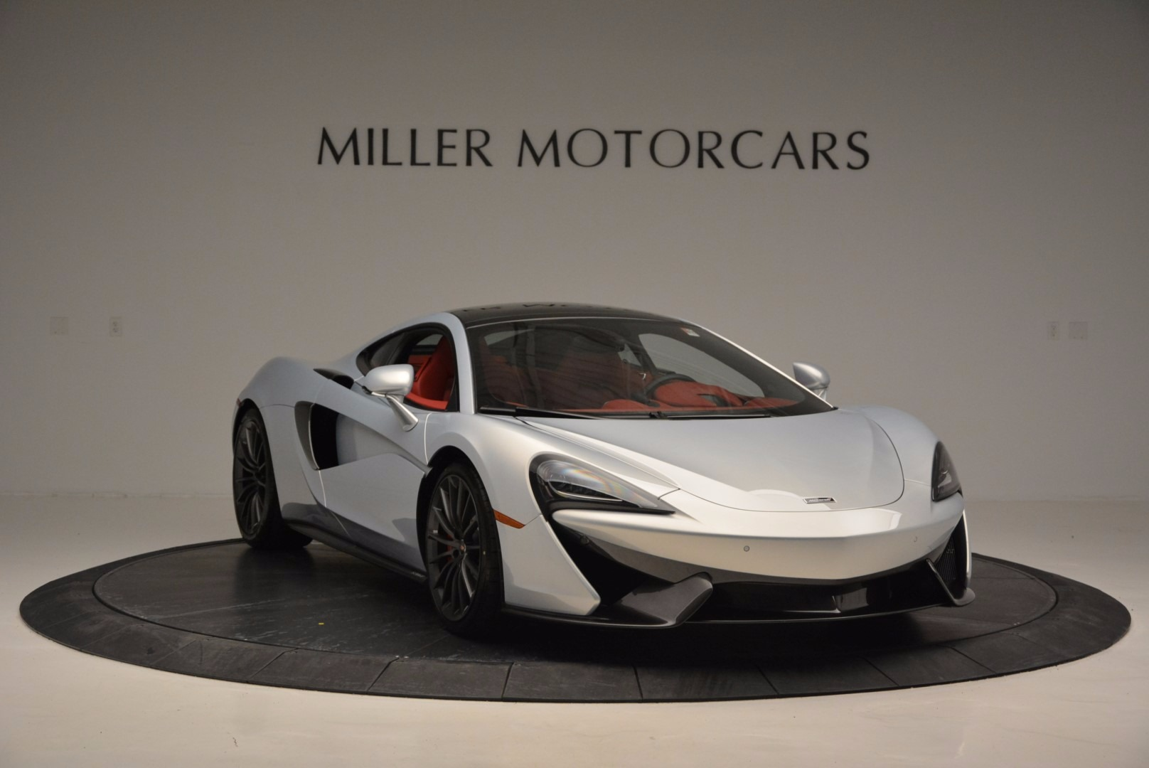 Used 2017 McLaren 570GT  For Sale In Greenwich, CT. Alfa Romeo of Greenwich, MC368A 834_p11