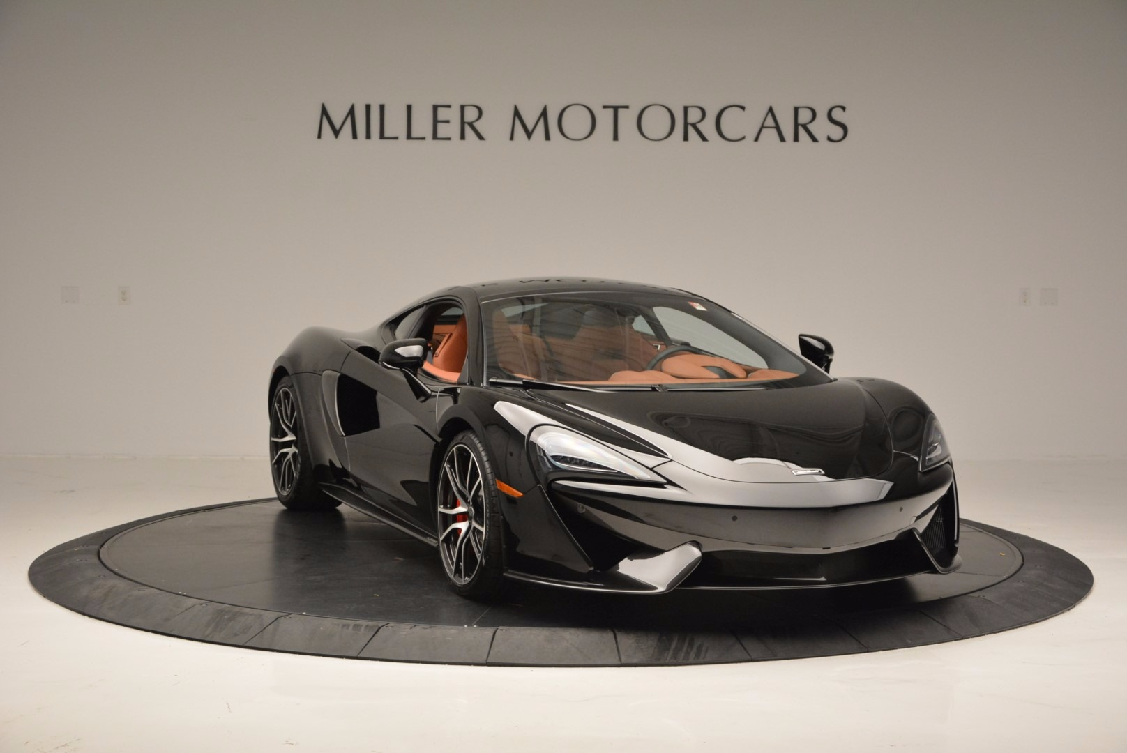 Used 2017 McLaren 570GT  For Sale In Greenwich, CT. Alfa Romeo of Greenwich, MC263 836_p11