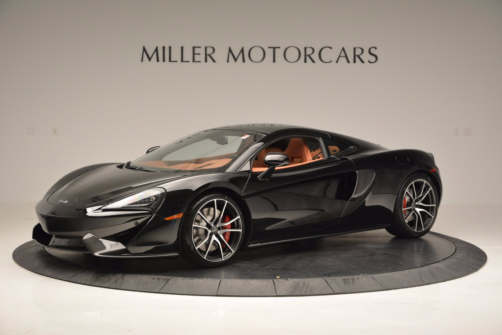 Used 2017 McLaren 570GT  For Sale In Greenwich, CT. Alfa Romeo of Greenwich, MC263 836_p2