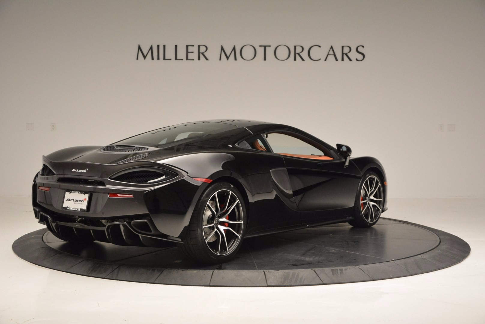 Used 2017 McLaren 570GT  For Sale In Greenwich, CT. Alfa Romeo of Greenwich, MC263 836_p7
