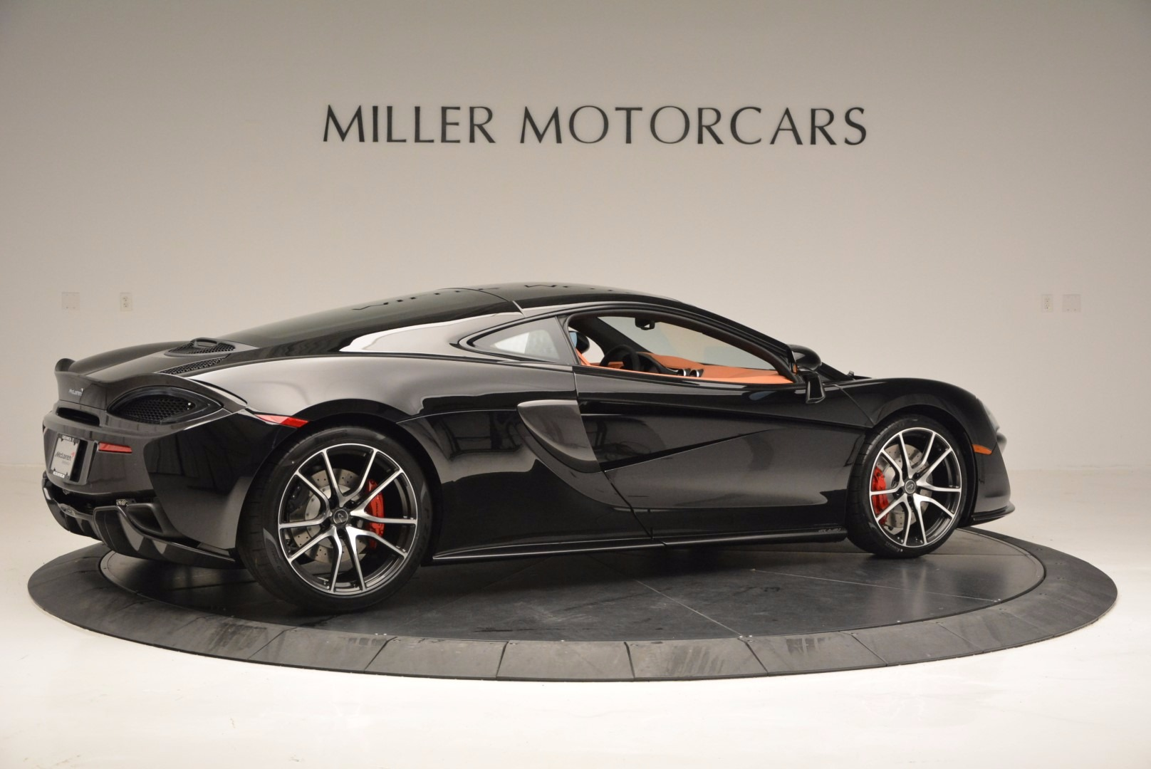 Used 2017 McLaren 570GT  For Sale In Greenwich, CT. Alfa Romeo of Greenwich, MC263 836_p8