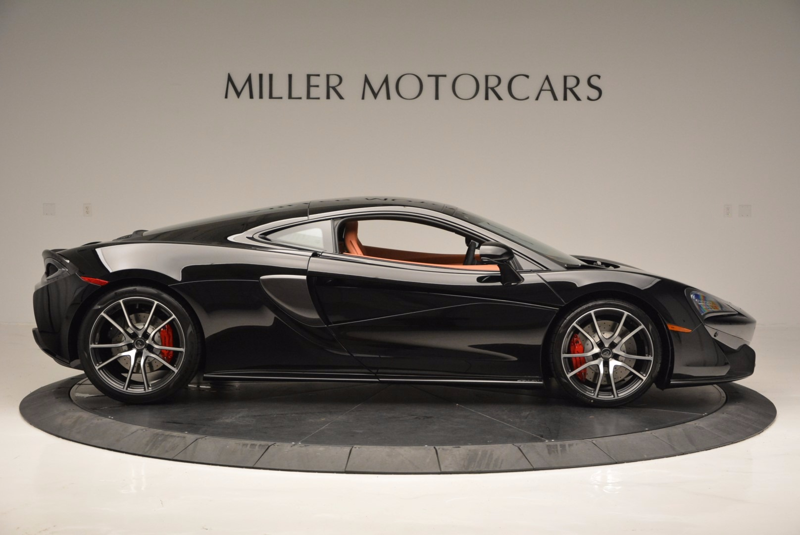 Used 2017 McLaren 570GT  For Sale In Greenwich, CT. Alfa Romeo of Greenwich, MC263 836_p9