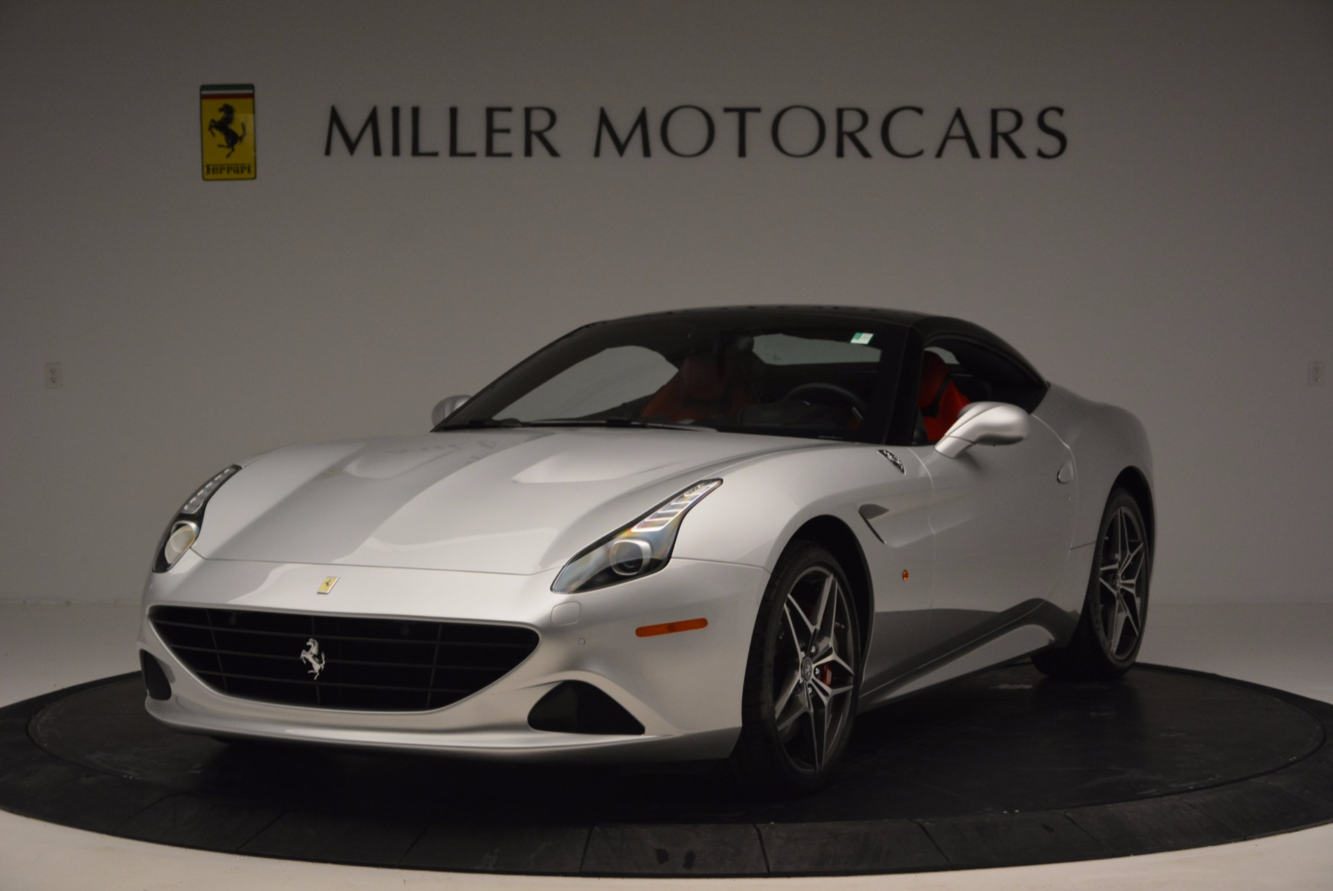 Used 2016 Ferrari California T  For Sale In Greenwich, CT. Alfa Romeo of Greenwich, 4367 841_main