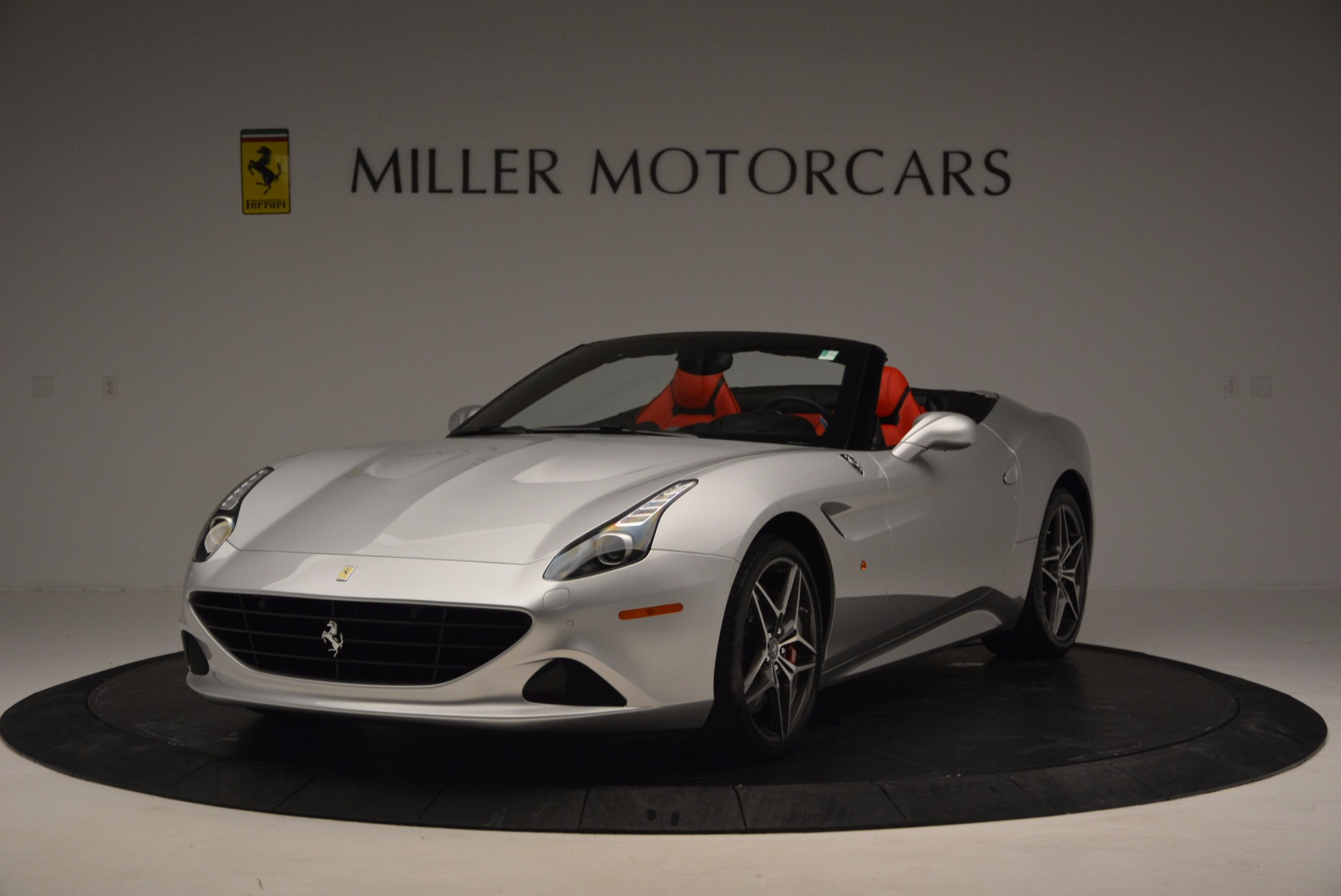 Used 2016 Ferrari California T  For Sale In Greenwich, CT. Alfa Romeo of Greenwich, 4367 841_p10