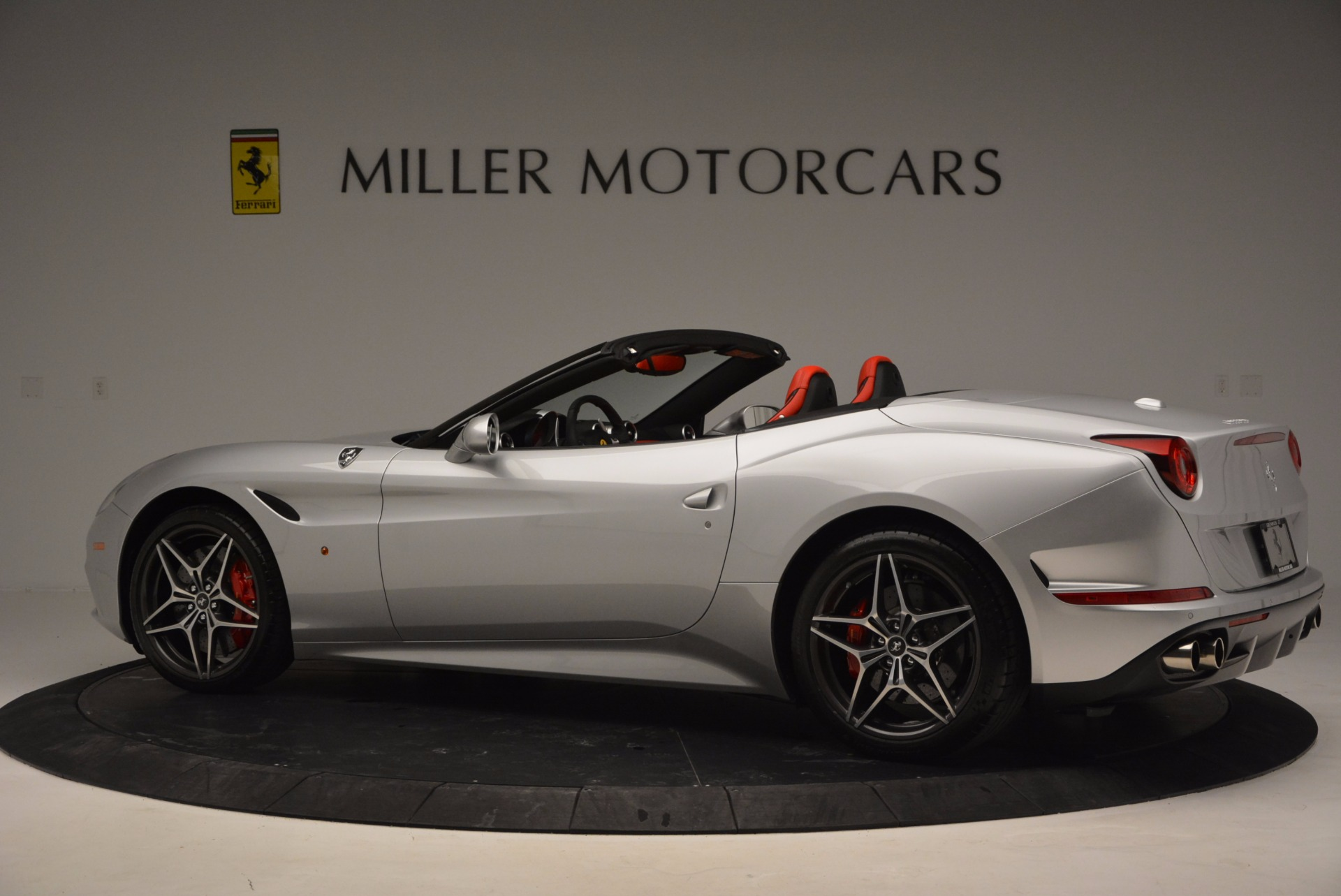 Used 2016 Ferrari California T  For Sale In Greenwich, CT. Alfa Romeo of Greenwich, 4367 841_p13