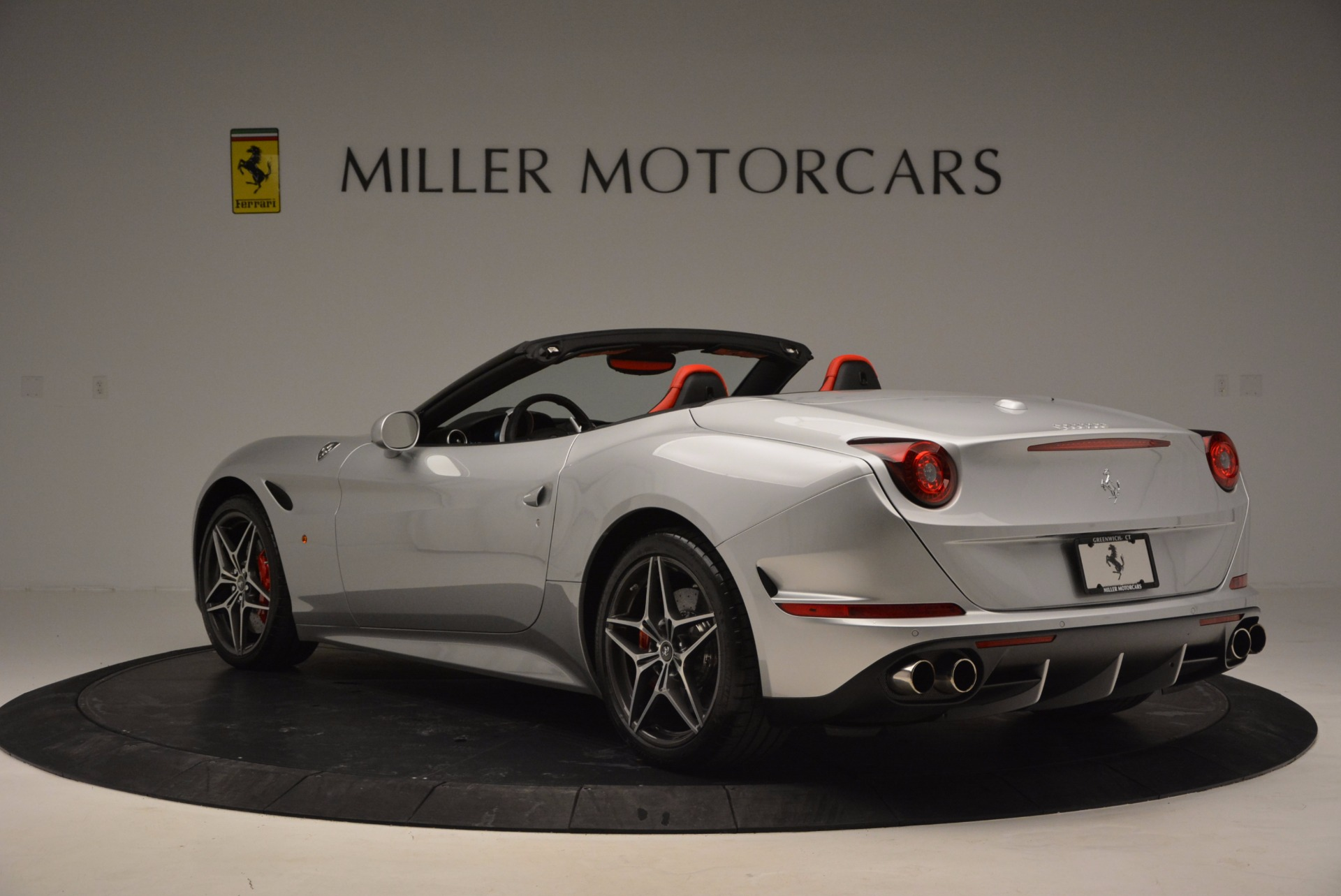 Used 2016 Ferrari California T  For Sale In Greenwich, CT. Alfa Romeo of Greenwich, 4367 841_p14