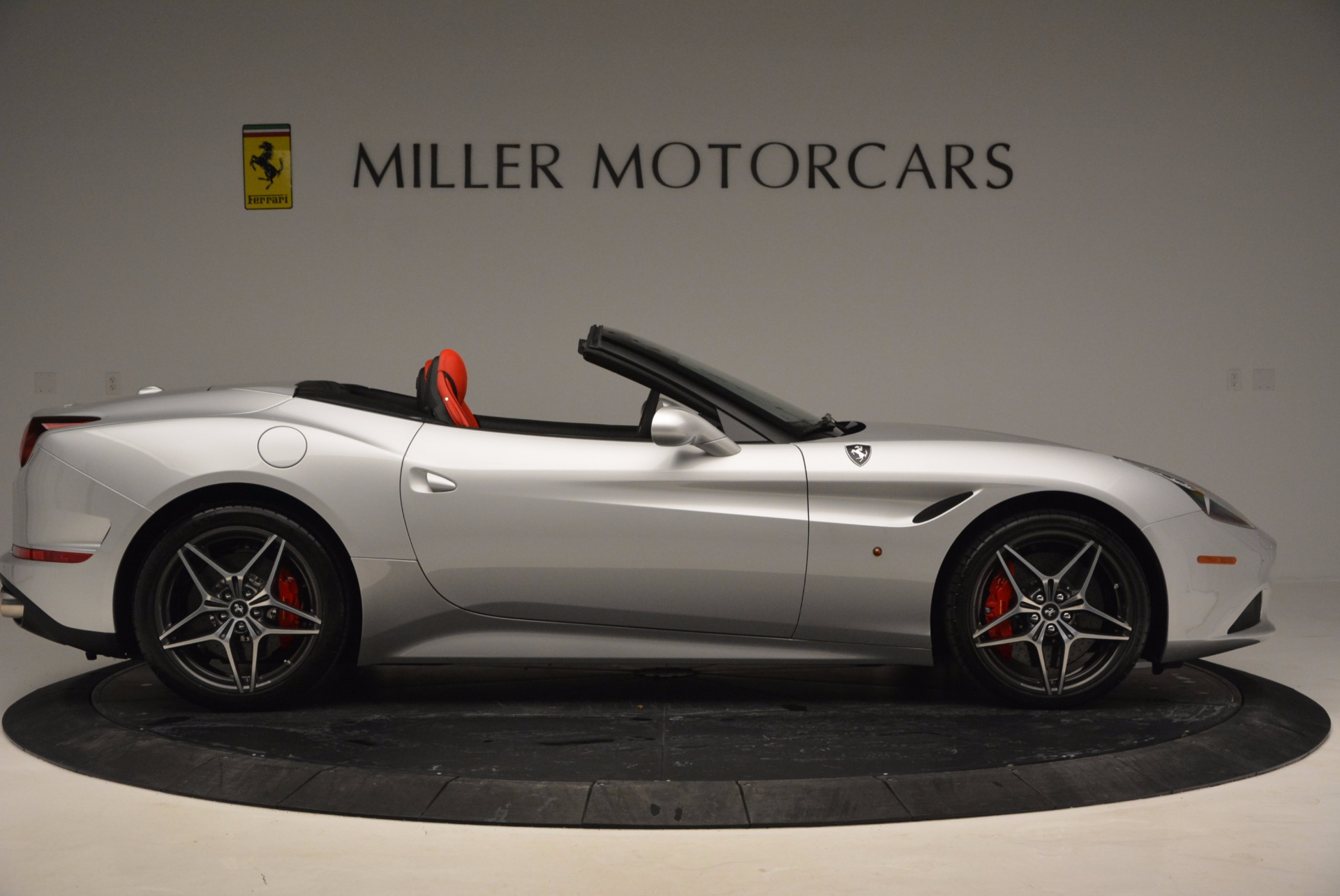 Used 2016 Ferrari California T  For Sale In Greenwich, CT. Alfa Romeo of Greenwich, 4367 841_p18