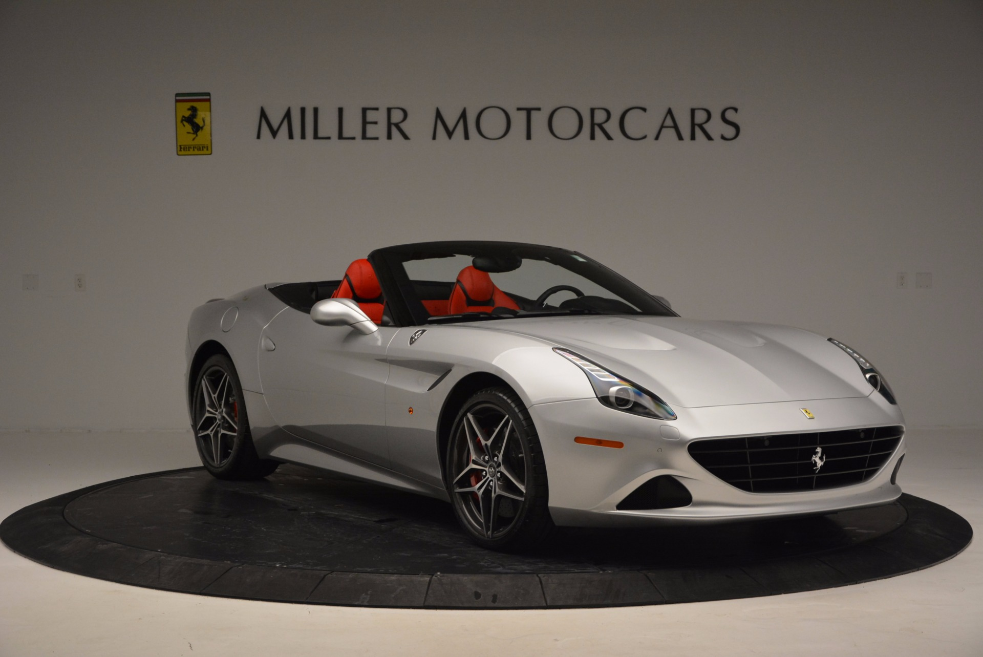 Used 2016 Ferrari California T  For Sale In Greenwich, CT. Alfa Romeo of Greenwich, 4367 841_p20