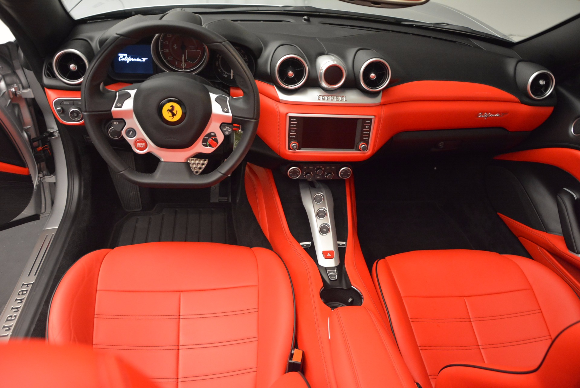 Used 2016 Ferrari California T  For Sale In Greenwich, CT. Alfa Romeo of Greenwich, 4367 841_p28