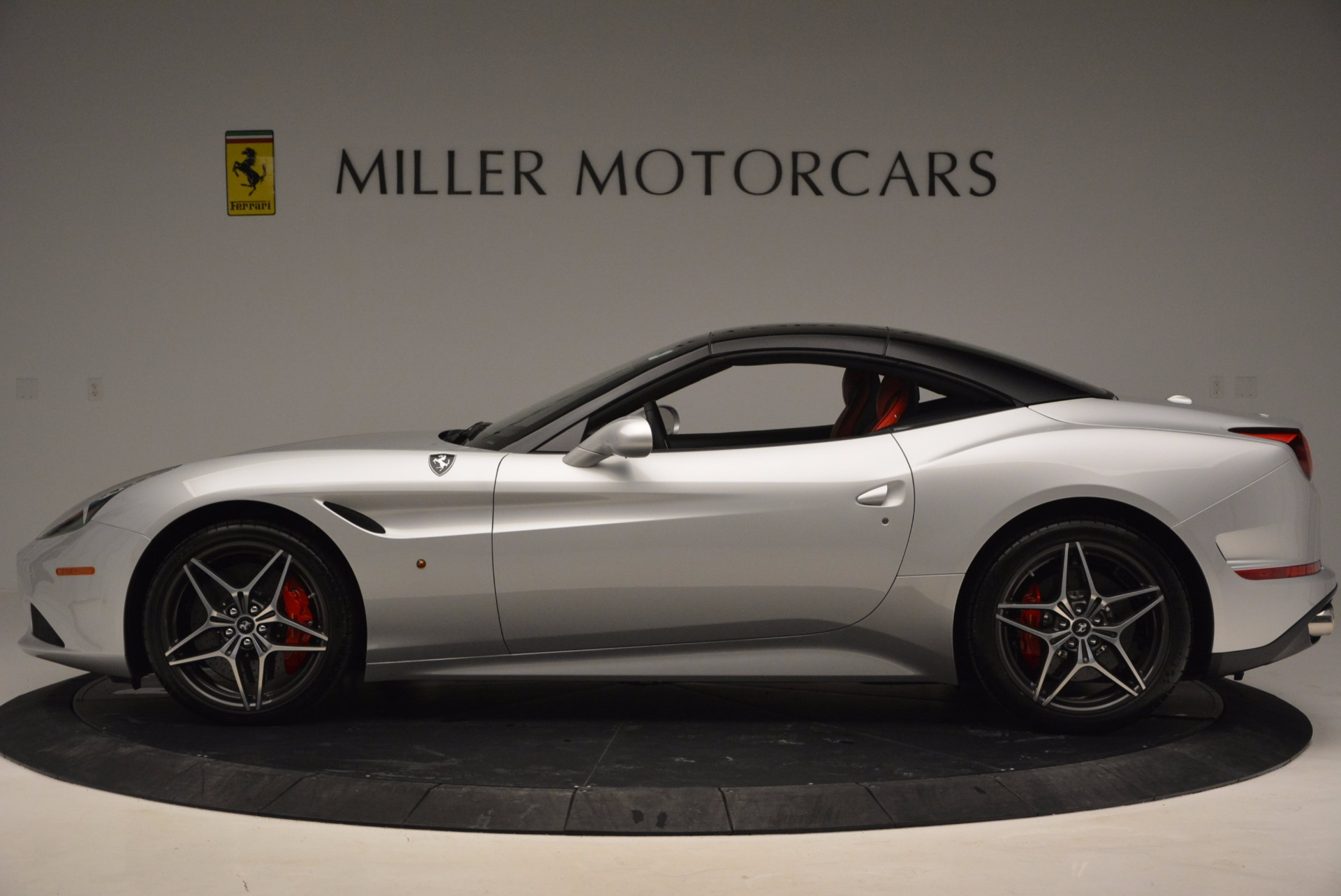 Used 2016 Ferrari California T  For Sale In Greenwich, CT. Alfa Romeo of Greenwich, 4367 841_p3