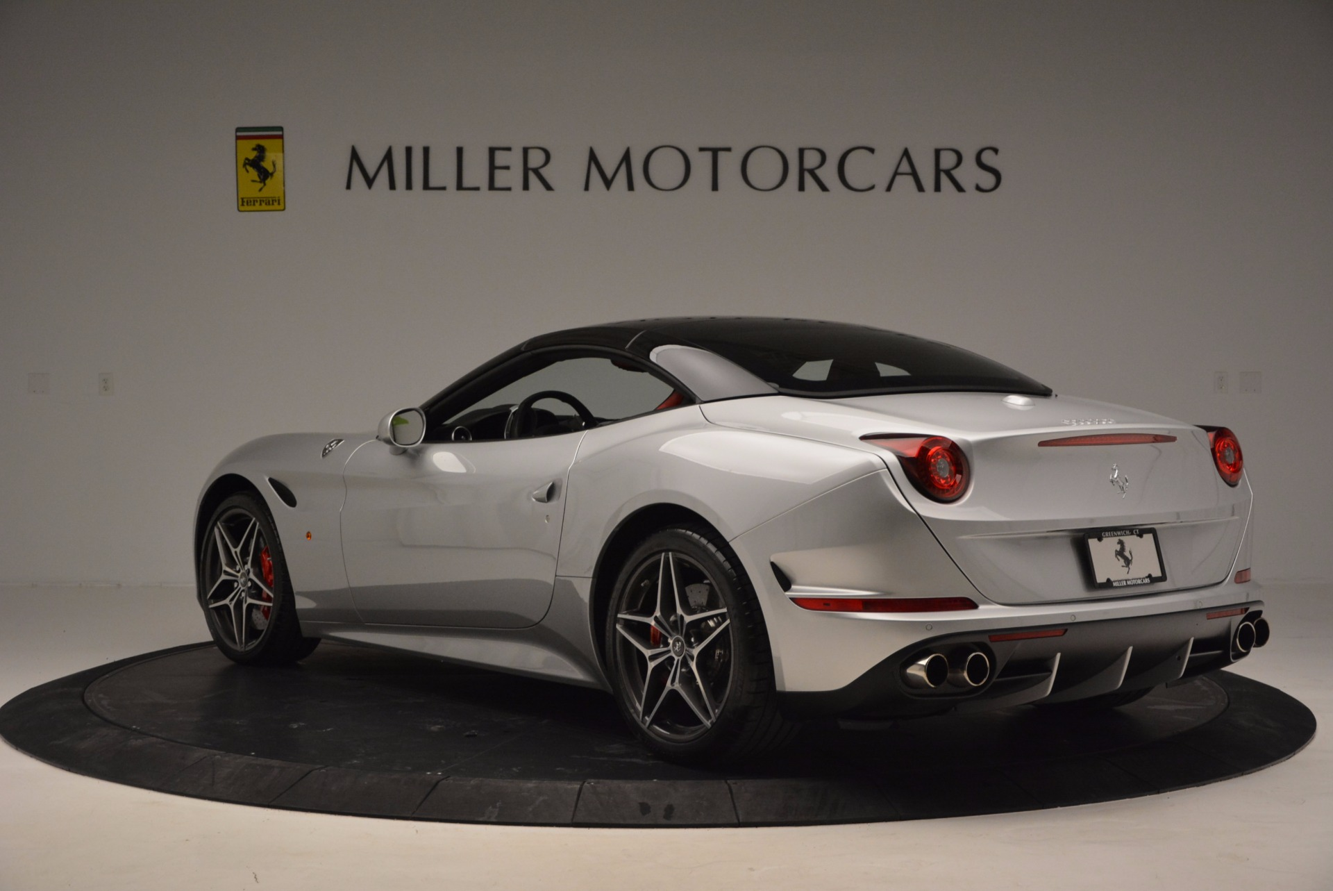 Used 2016 Ferrari California T  For Sale In Greenwich, CT. Alfa Romeo of Greenwich, 4367 841_p4