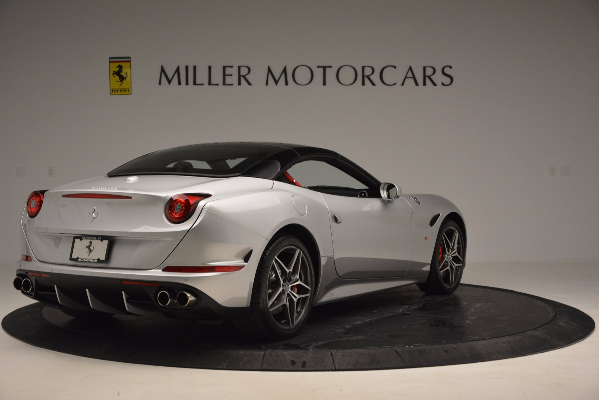 Used 2016 Ferrari California T  For Sale In Greenwich, CT. Alfa Romeo of Greenwich, 4367 841_p6