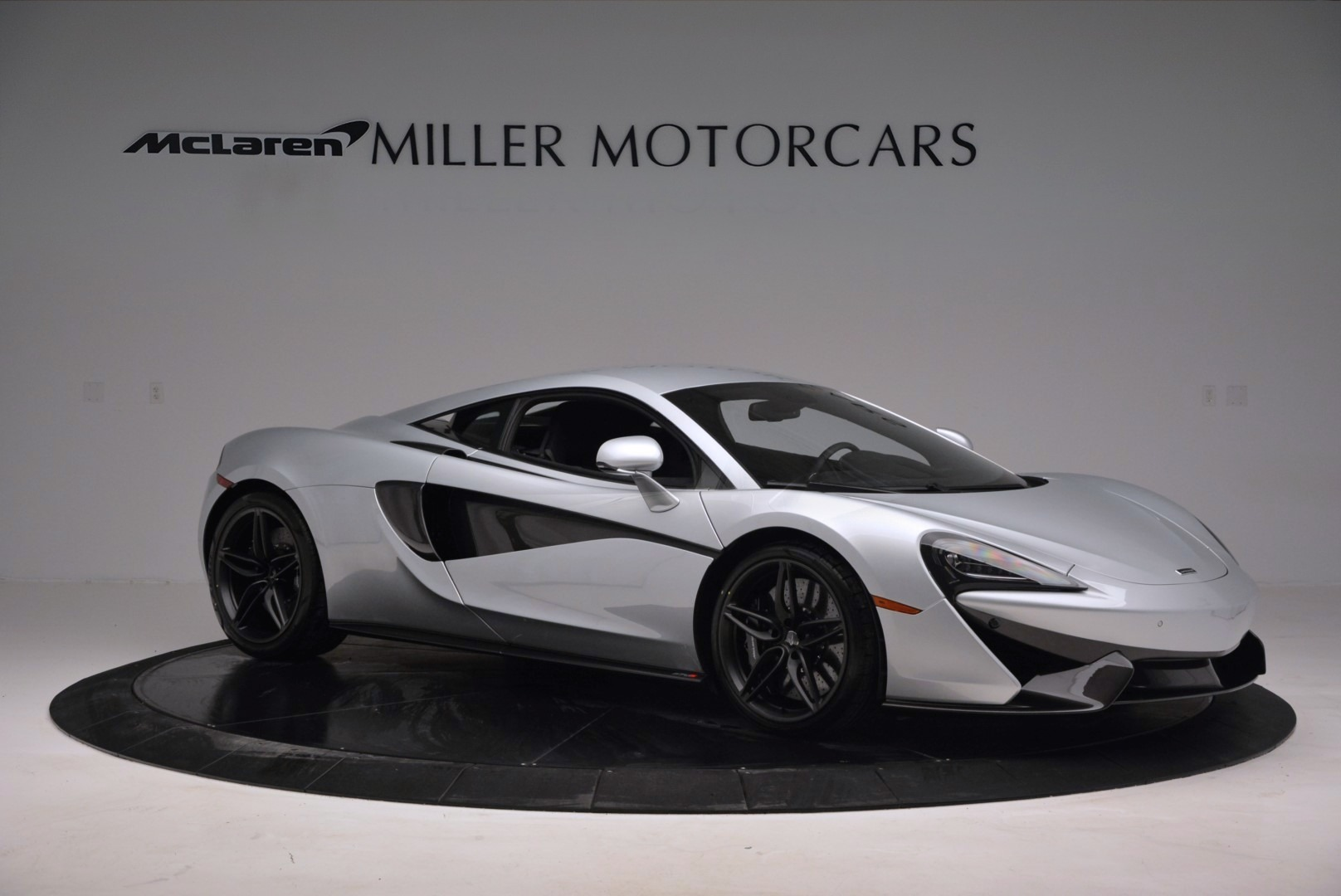 Used 2017 McLaren 570S  For Sale In Greenwich, CT. Alfa Romeo of Greenwich, MC286 842_p10