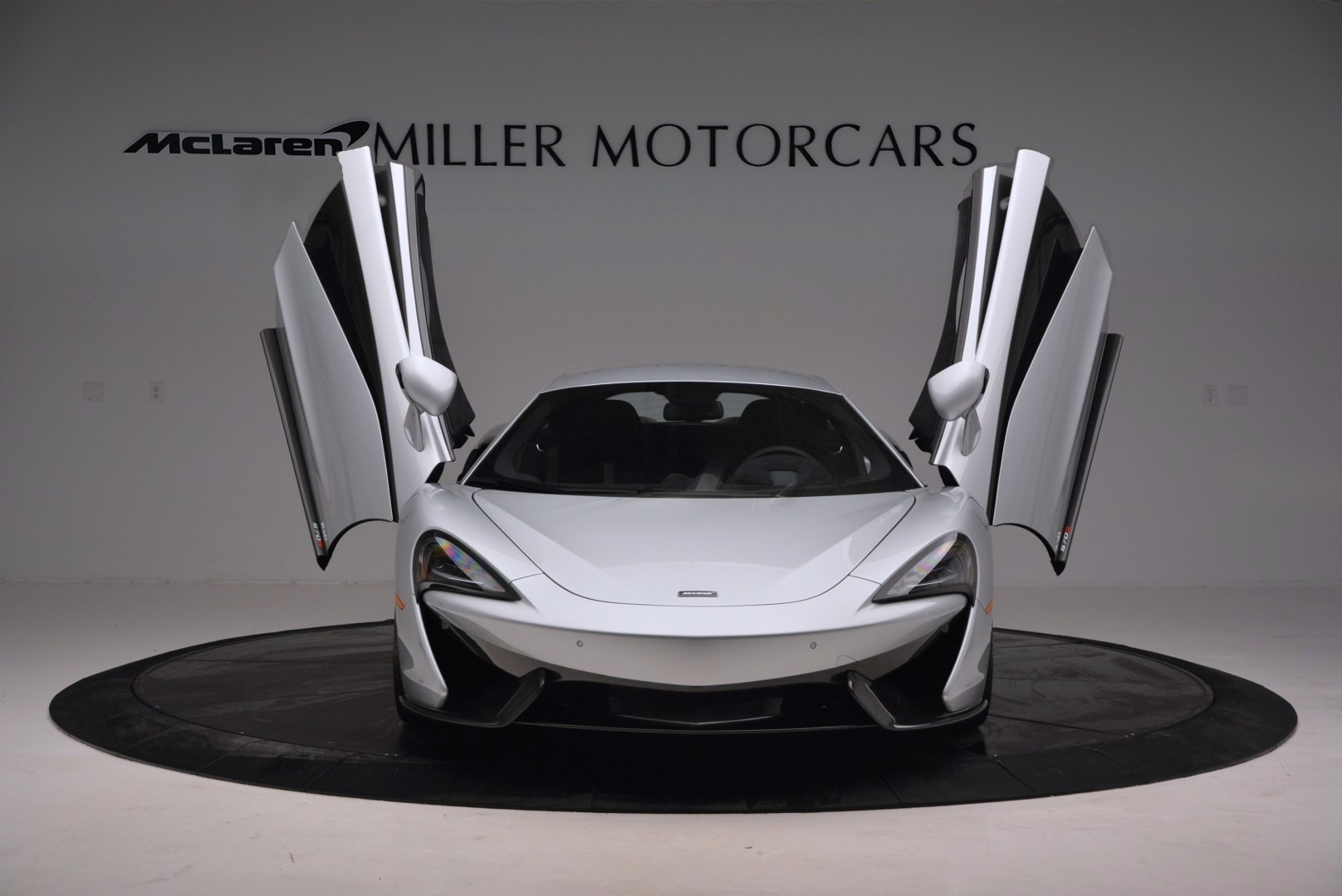 Used 2017 McLaren 570S  For Sale In Greenwich, CT. Alfa Romeo of Greenwich, MC286 842_p13