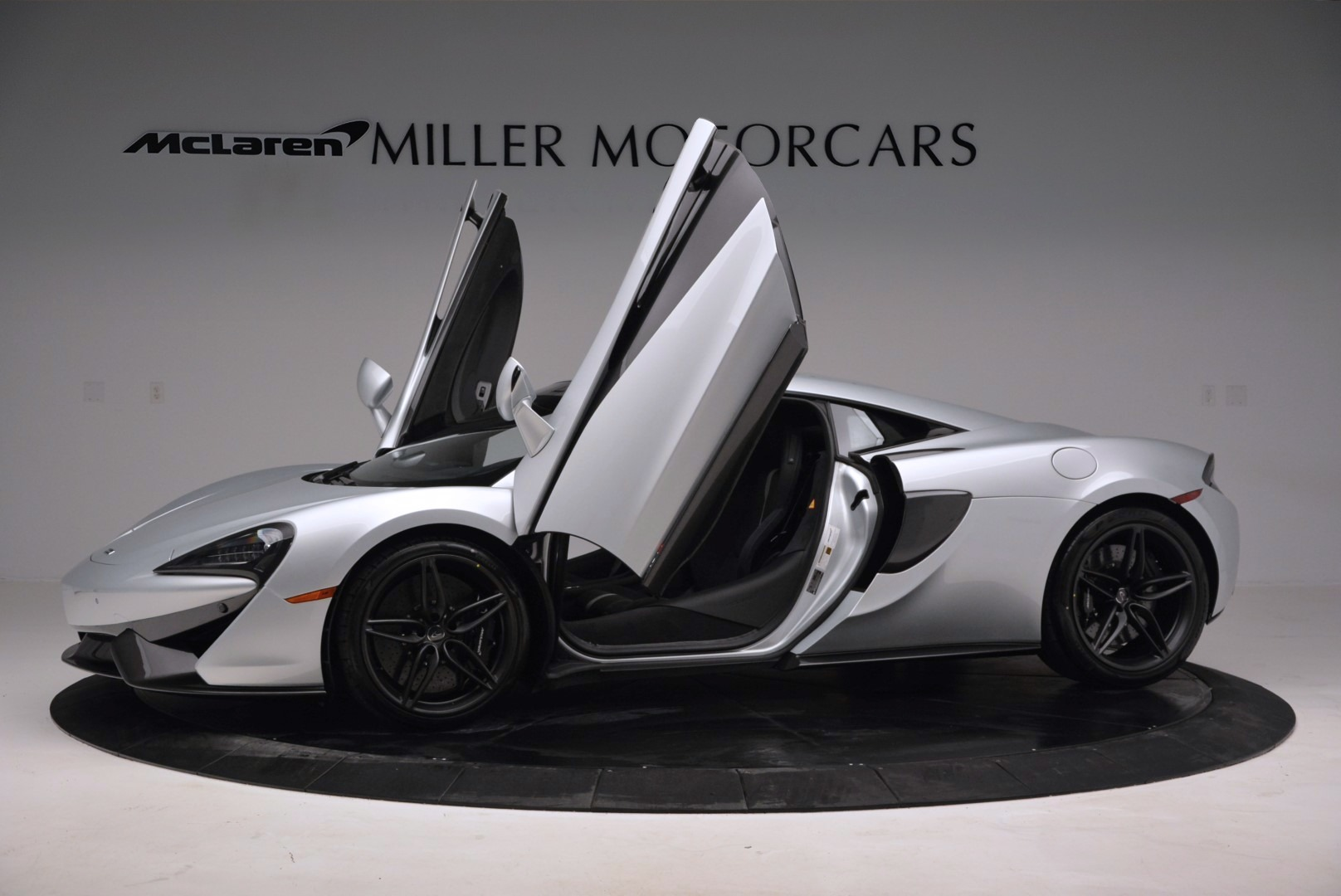 Used 2017 McLaren 570S  For Sale In Greenwich, CT. Alfa Romeo of Greenwich, MC286 842_p14
