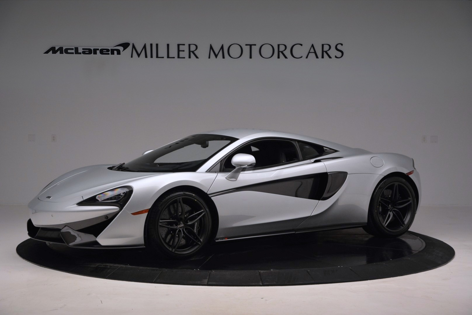 Used 2017 McLaren 570S  For Sale In Greenwich, CT. Alfa Romeo of Greenwich, MC286 842_p2
