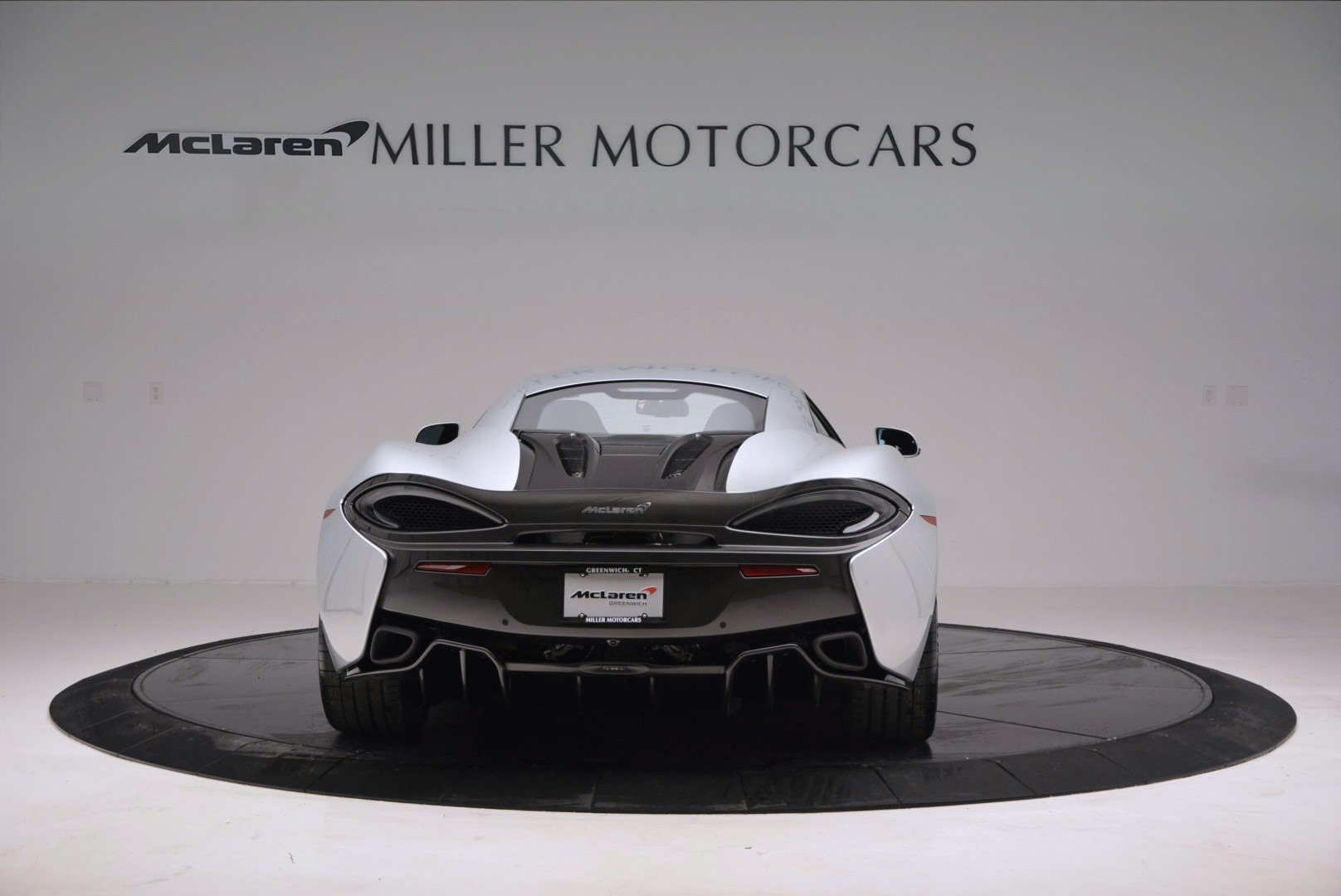 Used 2017 McLaren 570S  For Sale In Greenwich, CT. Alfa Romeo of Greenwich, MC286 842_p6