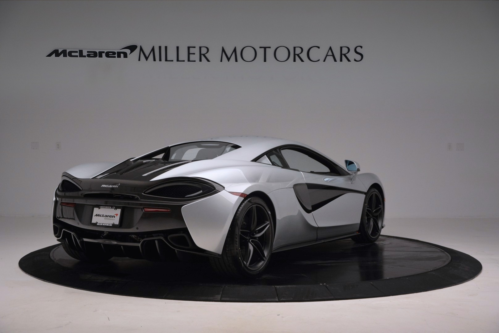 Used 2017 McLaren 570S  For Sale In Greenwich, CT. Alfa Romeo of Greenwich, MC286 842_p7