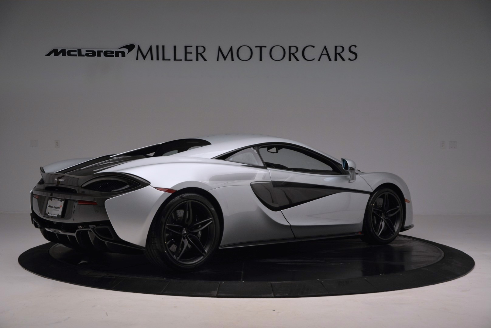 Used 2017 McLaren 570S  For Sale In Greenwich, CT. Alfa Romeo of Greenwich, MC286 842_p8