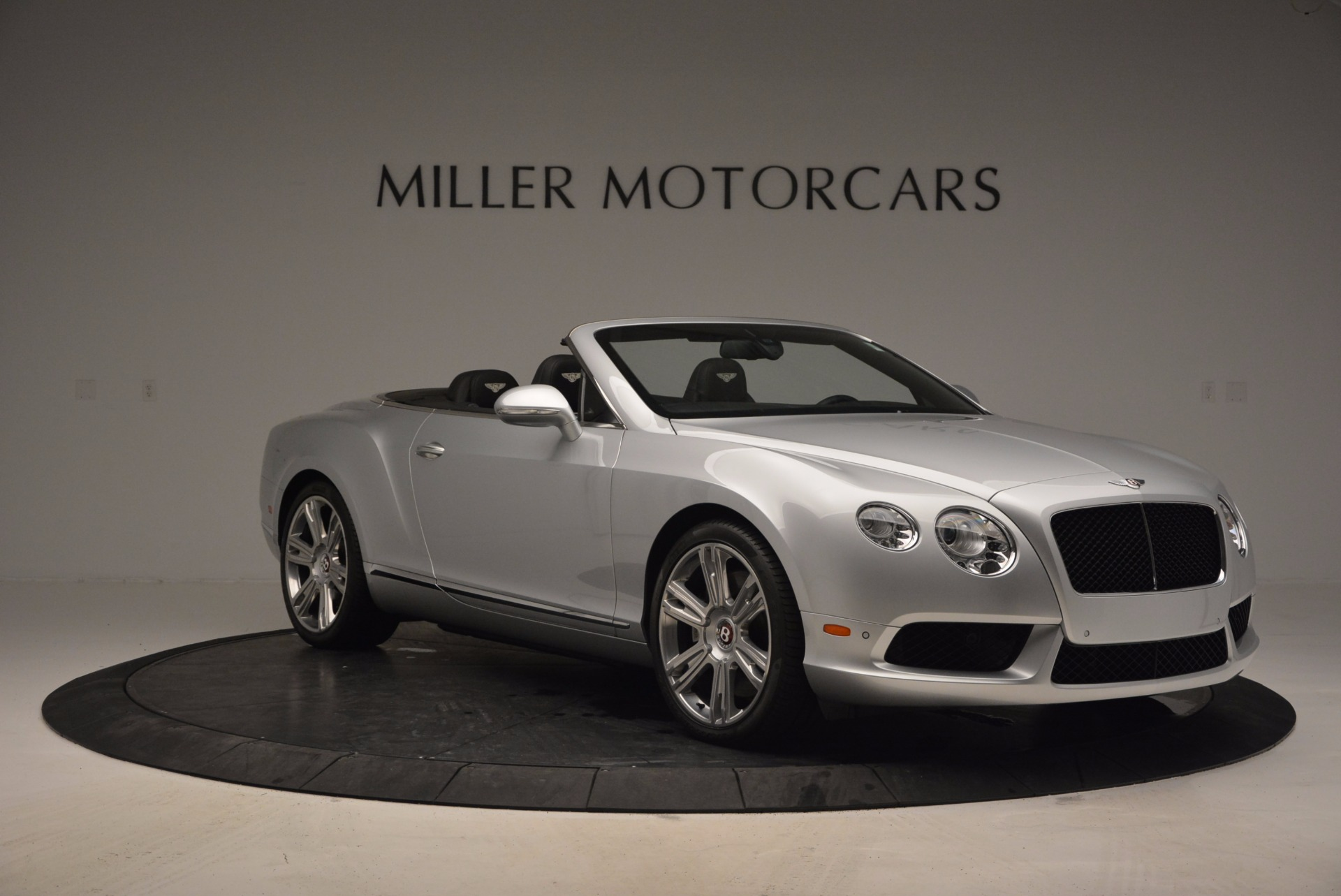 Used 2013 Bentley Continental GT V8 For Sale In Greenwich, CT. Alfa Romeo of Greenwich, B1225A 844_p11