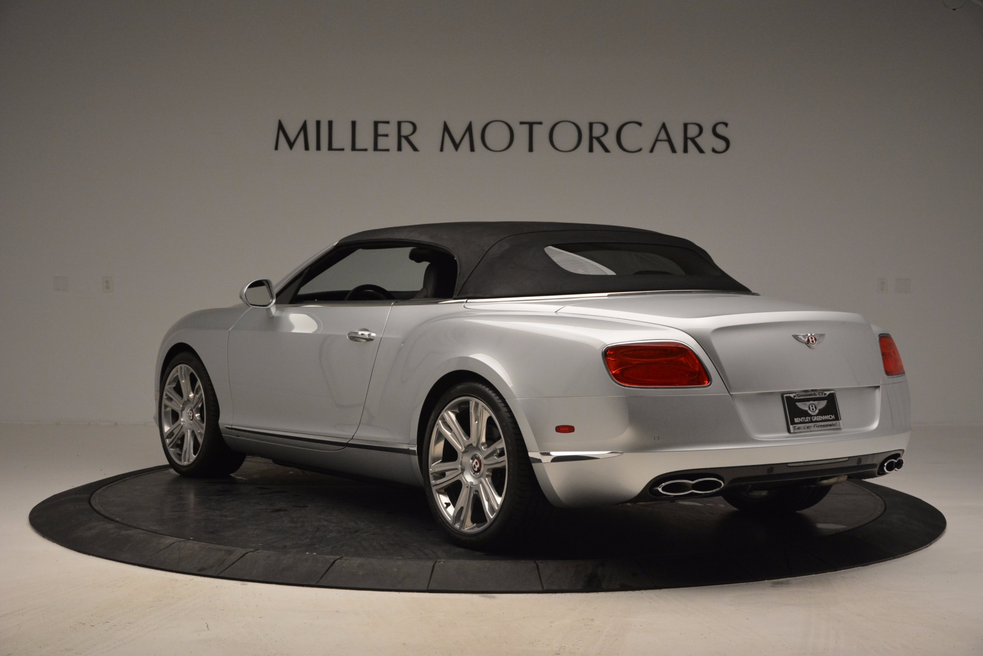 Used 2013 Bentley Continental GT V8 For Sale In Greenwich, CT. Alfa Romeo of Greenwich, B1225A 844_p17