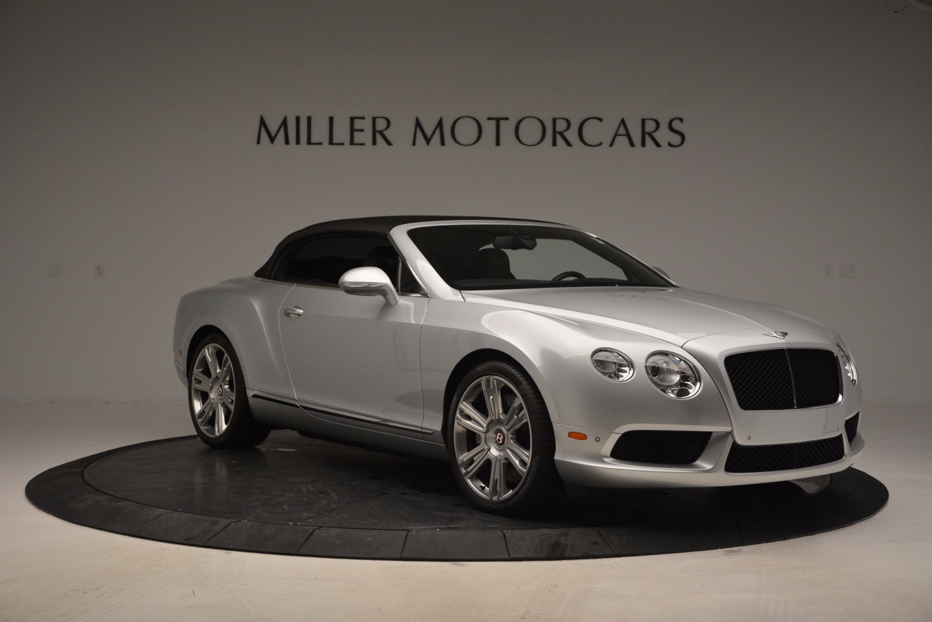 Used 2013 Bentley Continental GT V8 For Sale In Greenwich, CT. Alfa Romeo of Greenwich, B1225A 844_p23