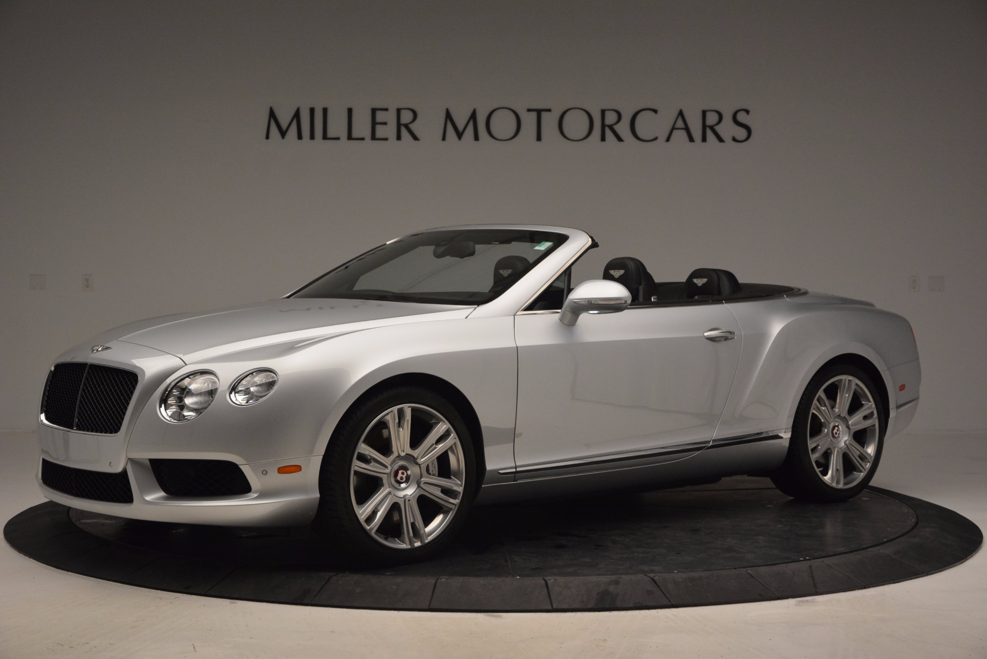 Used 2013 Bentley Continental GT V8 For Sale In Greenwich, CT. Alfa Romeo of Greenwich, B1225A 844_p2
