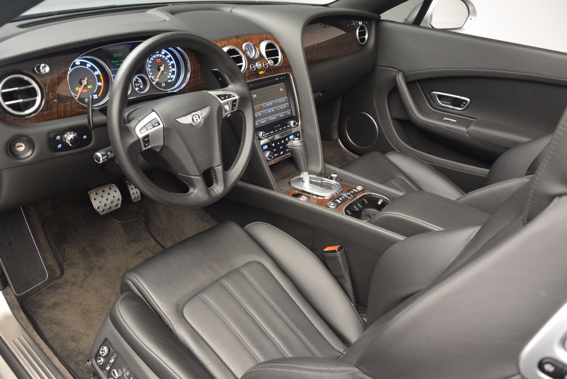 Used 2013 Bentley Continental GT V8 For Sale In Greenwich, CT. Alfa Romeo of Greenwich, B1225A 844_p37