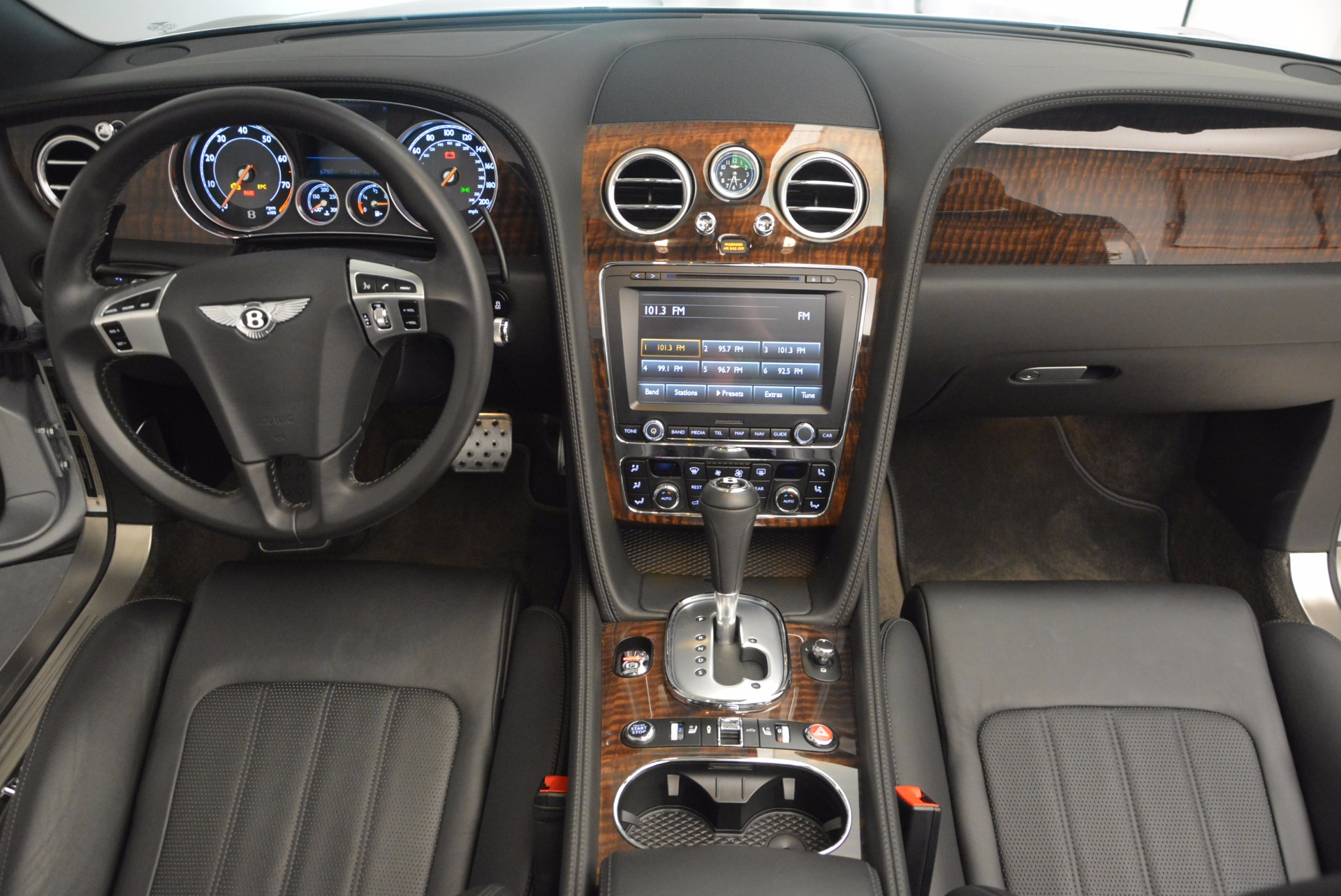 Used 2013 Bentley Continental GT V8 For Sale In Greenwich, CT. Alfa Romeo of Greenwich, B1225A 844_p52