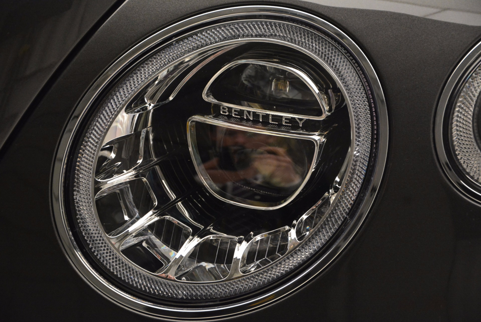 New 2017 Bentley Bentayga  For Sale In Greenwich, CT. Alfa Romeo of Greenwich, B1219 852_p15