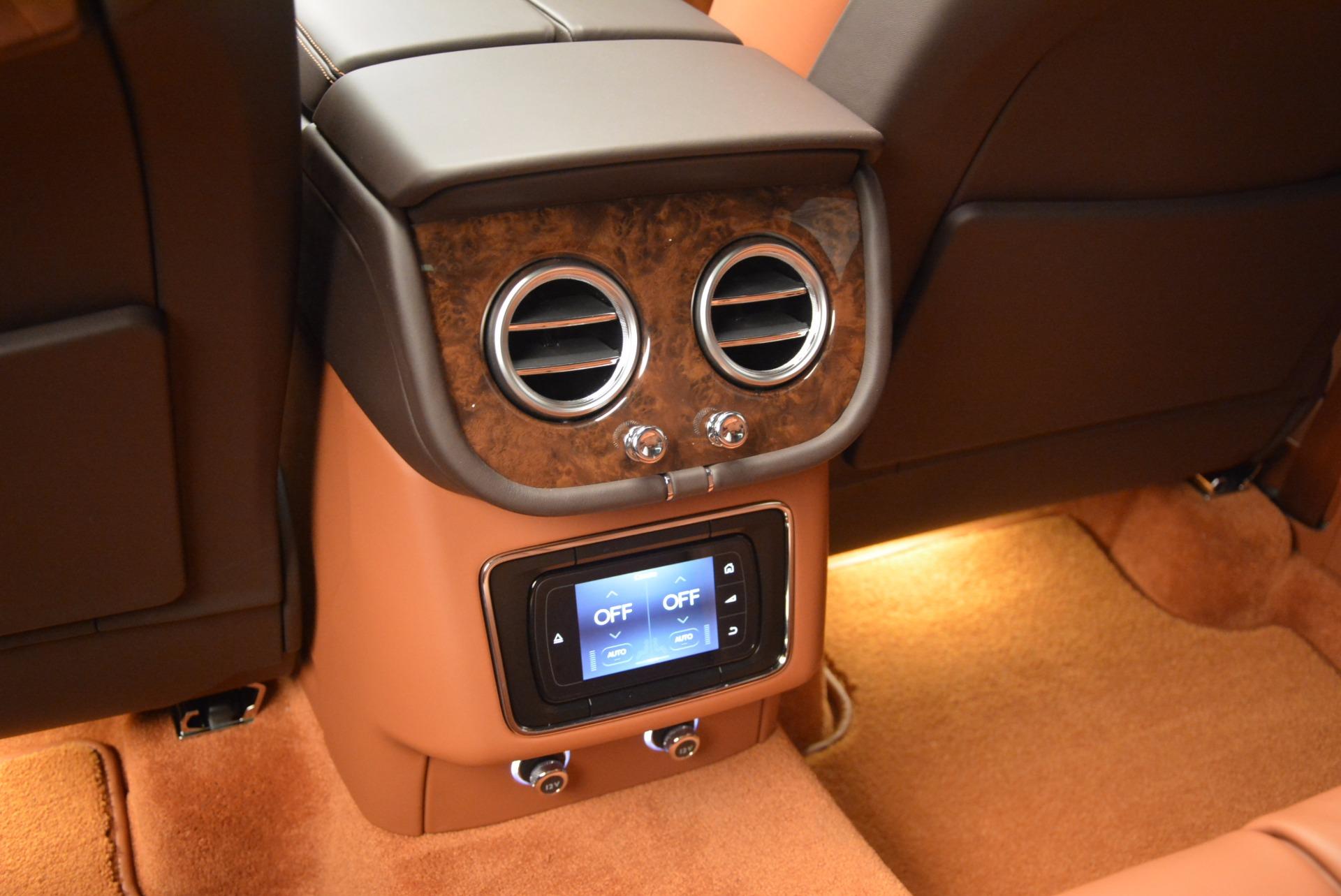New 2017 Bentley Bentayga  For Sale In Greenwich, CT. Alfa Romeo of Greenwich, B1219 852_p37