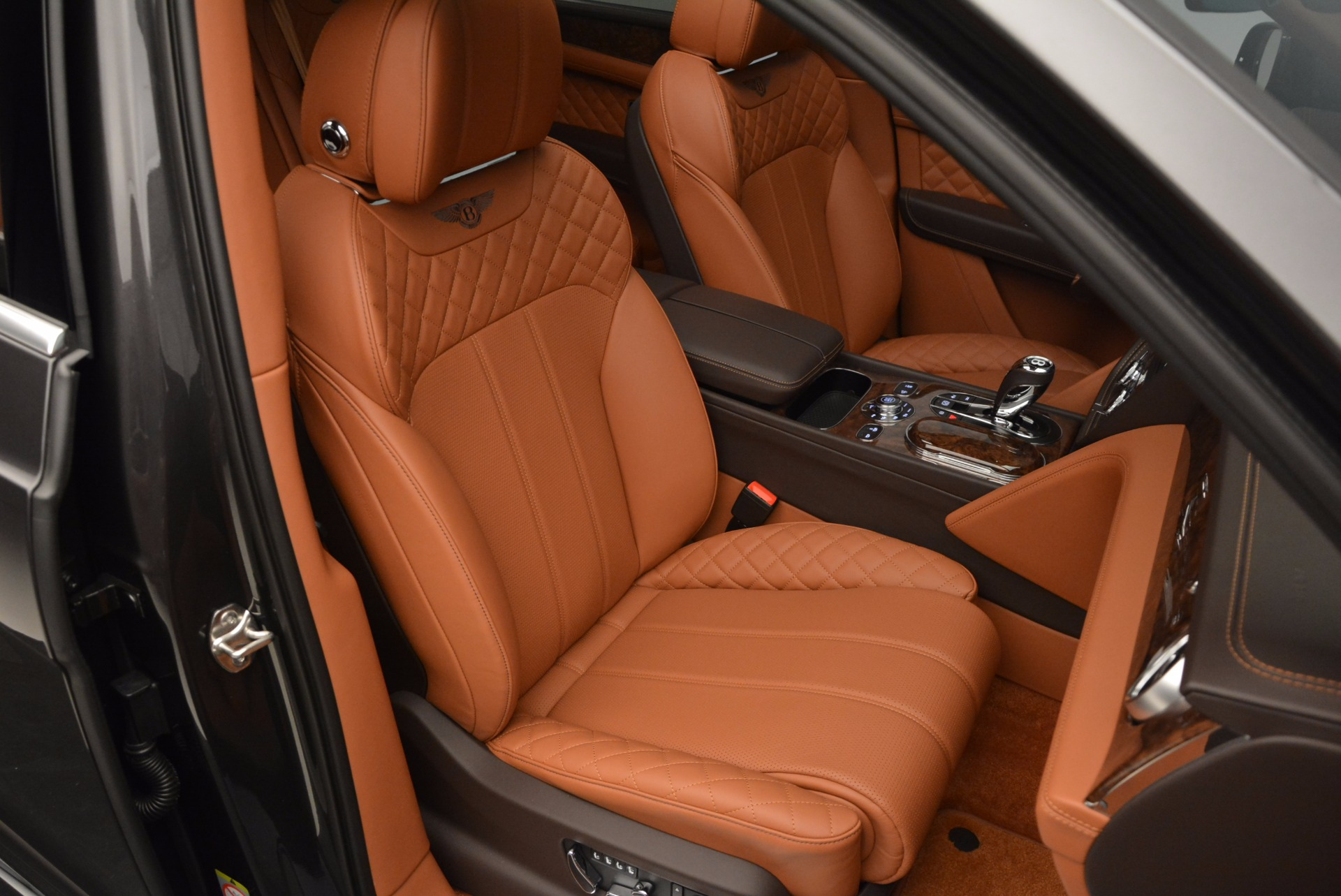 New 2017 Bentley Bentayga  For Sale In Greenwich, CT. Alfa Romeo of Greenwich, B1219 852_p41