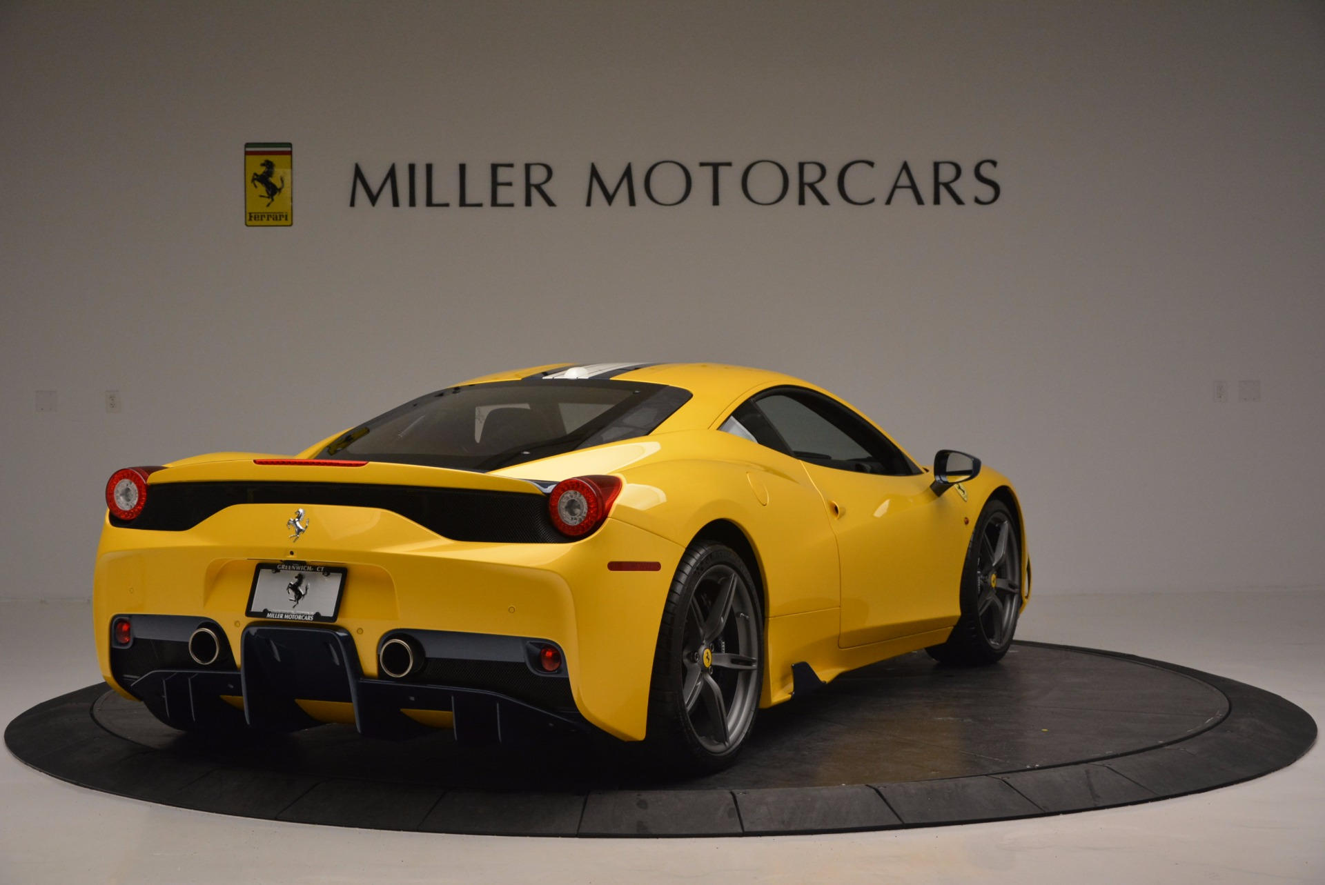 Used 2015 Ferrari 458 Speciale  For Sale In Greenwich, CT. Alfa Romeo of Greenwich, 4370 857_p7