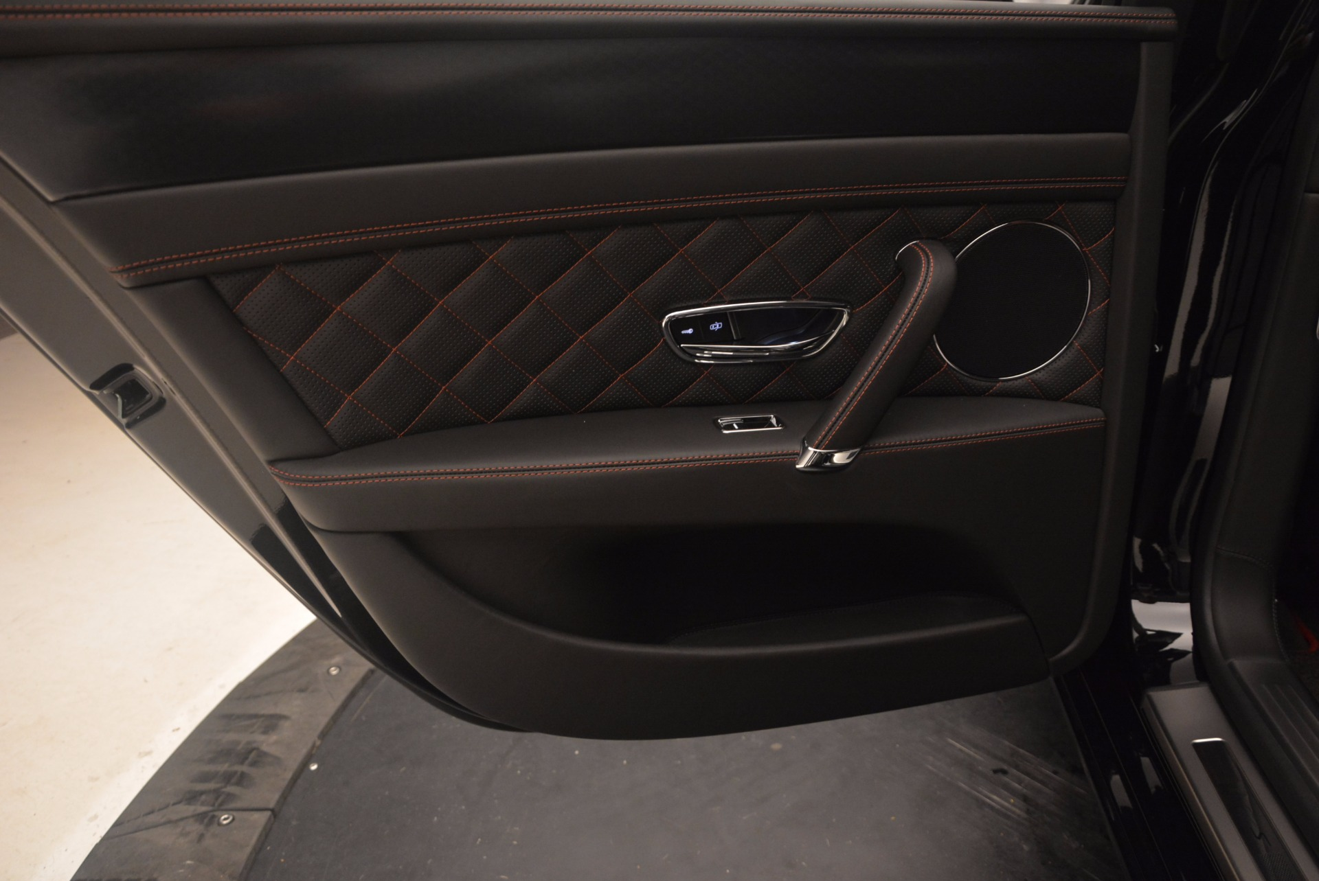 New 2017 Bentley Flying Spur W12 S For Sale In Greenwich, CT. Alfa Romeo of Greenwich, B1251 861_p30